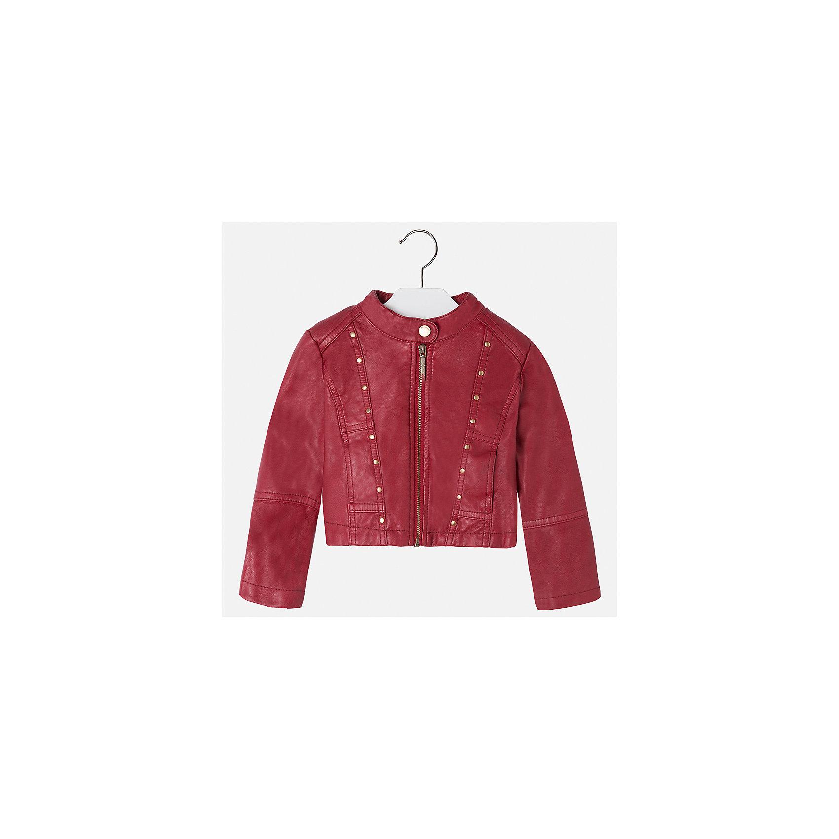 Куртка Mayoral для девочкиВерхняя одежда<br>Характеристики товара:<br><br>• цвет: красный<br>• состав ткани: 100% полиуретан, подклад - 100% полиэстер<br>• застежка: молния<br>• длинные рукава<br>• сезон: круглый год<br>• страна бренда: Испания<br>• страна изготовитель: Индия<br><br>Стильная куртка с небольшими клепками для девочки от Майорал поможет обеспечить тепло и комфорт. Эффектная детская куртка отличается модным укороченным силуэтом. <br><br>Детская одежда от испанской компании Mayoral отличаются оригинальным и всегда стильным дизайном. Качество продукции неизменно очень высокое.<br><br>Куртку для девочки Mayoral (Майорал) можно купить в нашем интернет-магазине.<br><br>Ширина мм: 356<br>Глубина мм: 10<br>Высота мм: 245<br>Вес г: 519<br>Цвет: красный<br>Возраст от месяцев: 60<br>Возраст до месяцев: 72<br>Пол: Женский<br>Возраст: Детский<br>Размер: 116,122,128,134,104,110<br>SKU: 6924227