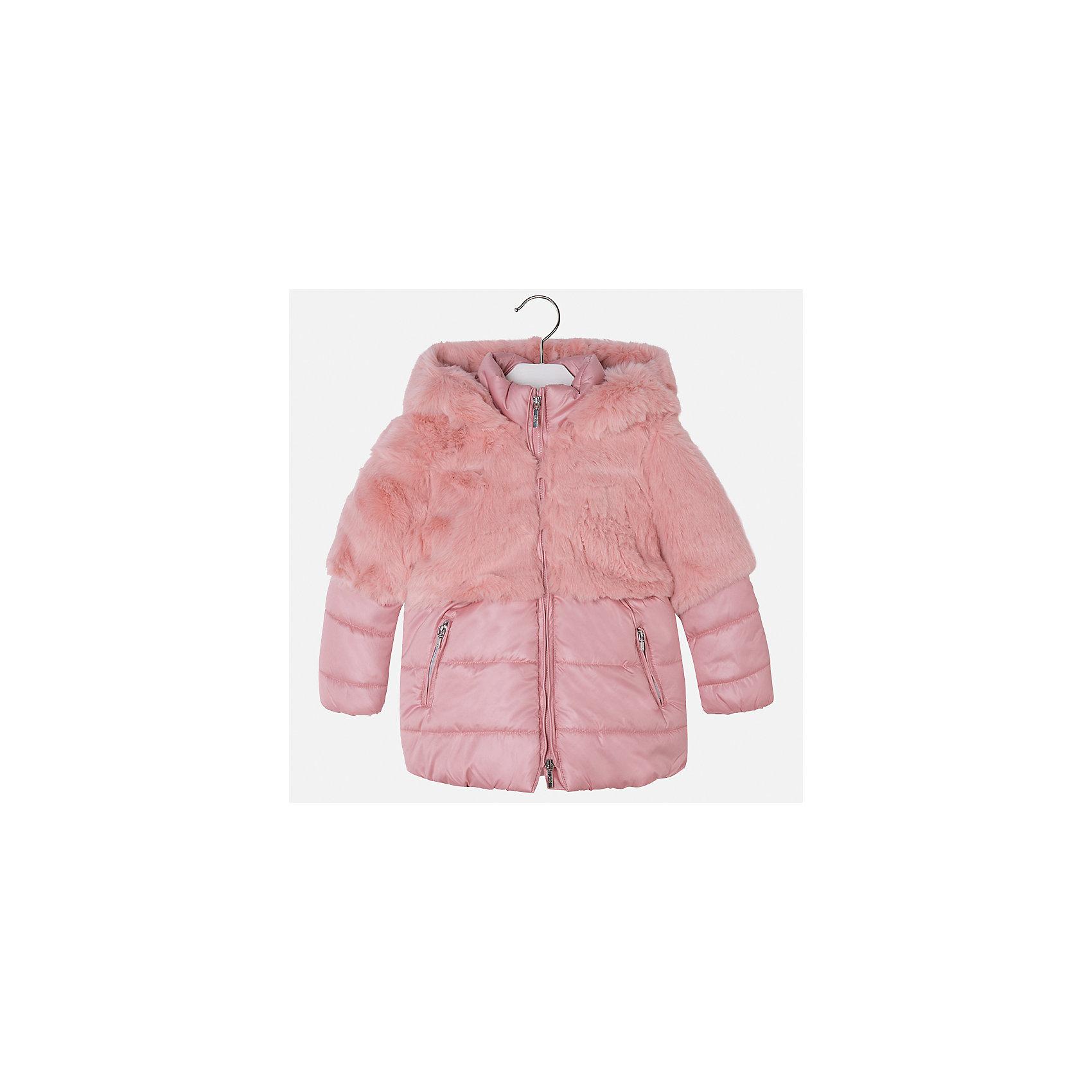 Куртка для девочки MayoralДемисезонные куртки<br>Характеристики товара:<br><br>• цвет: розовый<br>• состав ткани: 58% полиэстер, 42% акрил, подклад - 65% полиэстер, 35% акрил, утеплитель - 100% полиэстер<br>• застежка: молния<br>• длинные рукава<br>• сезон: демисезон<br>• температурный режим: от 0 до -10С<br>• страна бренда: Испания<br>• страна изготовитель: Индия<br><br>Эта утепленная куртка поможет сделать образ стильным и оригинальным. Куртка с отделкой из искусственного меха соответствует новейшим тенденциям молодежной моды. <br><br>Детская одежда от испанской компании Mayoral отличаются оригинальным и всегда стильным дизайном. Качество продукции неизменно очень высокое.<br><br>Куртку для девочки Mayoral (Майорал) можно купить в нашем интернет-магазине.<br><br>Ширина мм: 356<br>Глубина мм: 10<br>Высота мм: 245<br>Вес г: 519<br>Цвет: розовый<br>Возраст от месяцев: 96<br>Возраст до месяцев: 108<br>Пол: Женский<br>Возраст: Детский<br>Размер: 134,92,98,104,110,116,122,128<br>SKU: 6924419