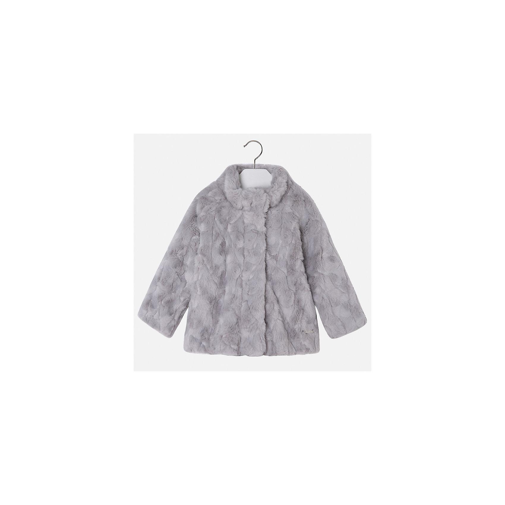 Куртка для девочки MayoralВерхняя одежда<br>Характеристики товара:<br><br>• цвет: серый<br>• состав ткани: 100% акрил, подклад - 65% полиэстер, 35% акрил<br>• застежка: молния<br>• длинные рукава<br>• сезон: демисезон<br>• температурный режим: от 0 до -10С<br>• страна бренда: Испания<br>• страна изготовитель: Индия<br><br>Модная куртка сделана из качественного материала. Такая куртка для девочки от бренда Майорал поможет ребенку выглядеть модно и чувствовать себя комфортно. <br><br>Для производства детской одежды популярный бренд Mayoral использует только качественную фурнитуру и материалы. Оригинальные и модные вещи от Майорал неизменно привлекают внимание и нравятся детям.<br><br>Куртку для девочки Mayoral (Майорал) можно купить в нашем интернет-магазине.<br><br>Ширина мм: 356<br>Глубина мм: 10<br>Высота мм: 245<br>Вес г: 519<br>Цвет: белый<br>Возраст от месяцев: 96<br>Возраст до месяцев: 108<br>Пол: Женский<br>Возраст: Детский<br>Размер: 134,92,98,104,110,116,122,128<br>SKU: 6924456