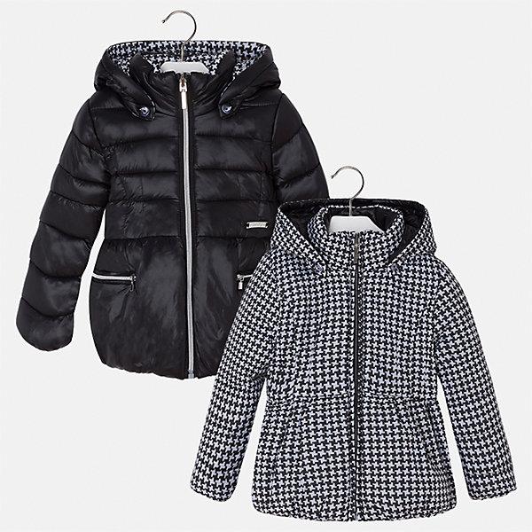 Куртка для девочки MayoralВерхняя одежда<br>Характеристики товара:<br><br>• цвет: черный<br>• состав ткани: 100% полиамид, подклад - 100% полиэстер, утеплитель - 100% полиэстер<br>• застежка: молния<br>• длинные рукава<br>• двусторонняя<br>• сезон: демисезон<br>• температурный режим: от 0 до -10С<br>• страна бренда: Испания<br>• страна изготовитель: Китай<br><br>Такая куртка легко выворачивается на изнанку - и получается еще одна модель другой расцветки. Куртка от Mayoral соответствует новейшим тенденциям молодежной моды. <br><br>Детская одежда от испанской компании Mayoral отличаются оригинальным и всегда стильным дизайном. Качество продукции неизменно очень высокое.<br><br>Куртку для девочки Mayoral (Майорал) можно купить в нашем интернет-магазине.<br><br>Ширина мм: 356<br>Глубина мм: 10<br>Высота мм: 245<br>Вес г: 519<br>Цвет: черный<br>Возраст от месяцев: 18<br>Возраст до месяцев: 24<br>Пол: Женский<br>Возраст: Детский<br>Размер: 110,98,104,92,134,128,122,116<br>SKU: 6924474