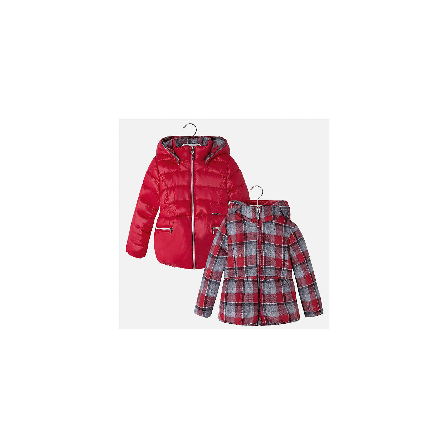 Куртка для девочки MayoralДемисезонные куртки<br>Характеристики товара:<br><br>• цвет: красный<br>• состав ткани: 100% полиамид, подклад - 100% полиэстер, утеплитель - 100% полиэстер<br>• застежка: молния<br>• длинные рукава<br>• двусторонняя<br>• сезон: демисезон<br>• температурный режим: от 0 до -10С<br>• страна бренда: Испания<br>• страна изготовитель: Китай<br><br>Модная двусторонняя куртка сделана из качественного материала. Такая куртка для девочки от бренда Майорал поможет ребенку выглядеть модно и чувствовать себя комфортно. <br><br>Для производства детской одежды популярный бренд Mayoral использует только качественную фурнитуру и материалы. Оригинальные и модные вещи от Майорал неизменно привлекают внимание и нравятся детям.<br><br>Куртку для девочки Mayoral (Майорал) можно купить в нашем интернет-магазине.<br><br>Ширина мм: 356<br>Глубина мм: 10<br>Высота мм: 245<br>Вес г: 519<br>Цвет: красный<br>Возраст от месяцев: 96<br>Возраст до месяцев: 108<br>Пол: Женский<br>Возраст: Детский<br>Размер: 134,92,98,104,110,116,122,128<br>SKU: 6924483