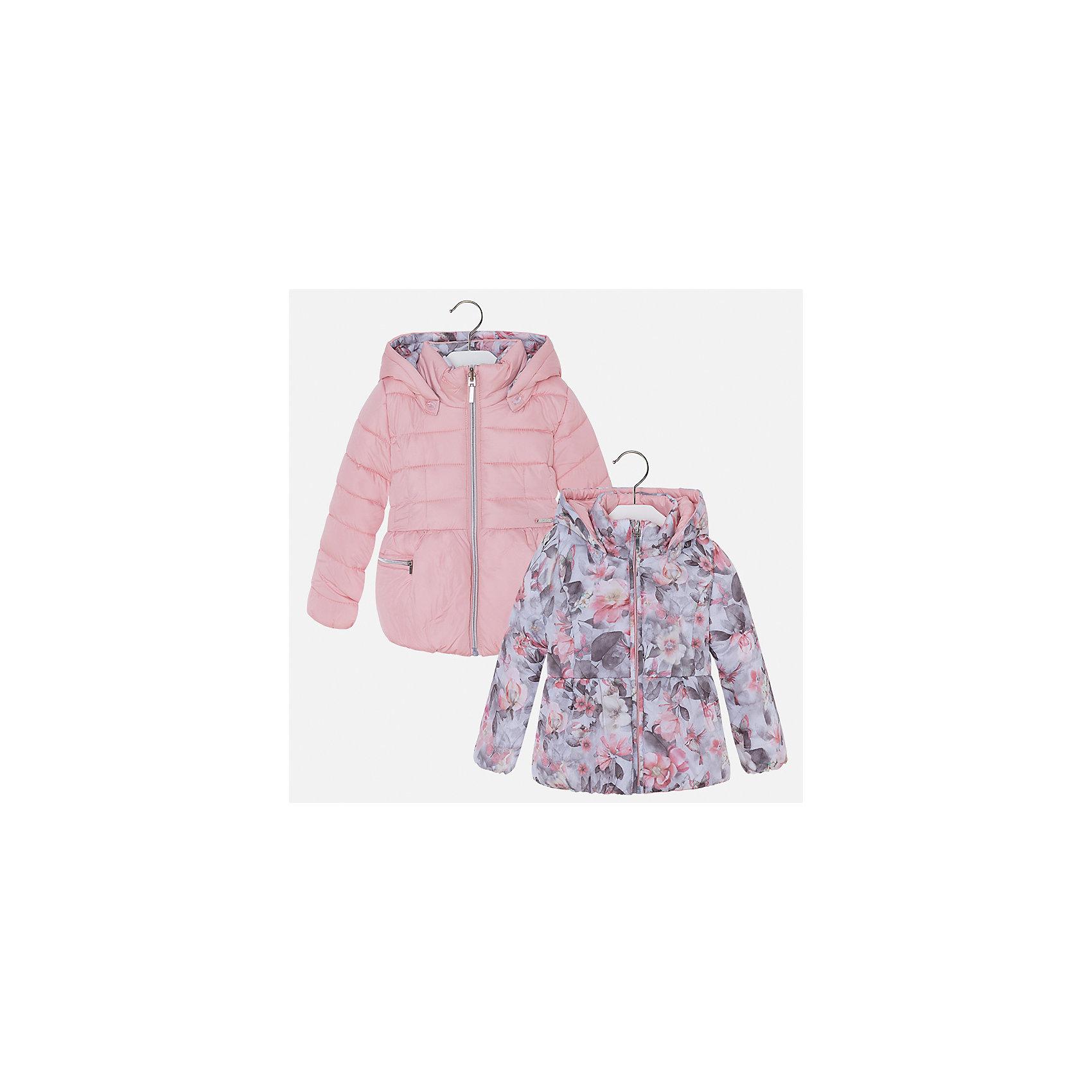Куртка для девочки MayoralВерхняя одежда<br>Характеристики товара:<br><br>• цвет: розовый<br>• состав ткани: 100% полиамид, подклад - 100% полиэстер, утеплитель - 100% полиэстер<br>• застежка: молния<br>• длинные рукава<br>• двусторонняя<br>• сезон: демисезон<br>• температурный режим: от 0 до -10С<br>• страна бренда: Испания<br>• страна изготовитель: Китай<br><br>Двусторонняя куртка для девочки эффектно смотрится благодаря приталенному силуэту. Модная куртка от Майорал - это пример отличного вкуса и высокого качества. <br><br>В одежде от испанской компании Майорал ребенок будет выглядеть модно, а чувствовать себя - комфортно. Целая команда европейских талантливых дизайнеров работает над созданием стильных и оригинальных моделей одежды.<br><br>Куртку для девочки Mayoral (Майорал) можно купить в нашем интернет-магазине.<br><br>Ширина мм: 356<br>Глубина мм: 10<br>Высота мм: 245<br>Вес г: 519<br>Цвет: розовый<br>Возраст от месяцев: 96<br>Возраст до месяцев: 108<br>Пол: Женский<br>Возраст: Детский<br>Размер: 134,92,98,104,110,116,122,128<br>SKU: 6924492