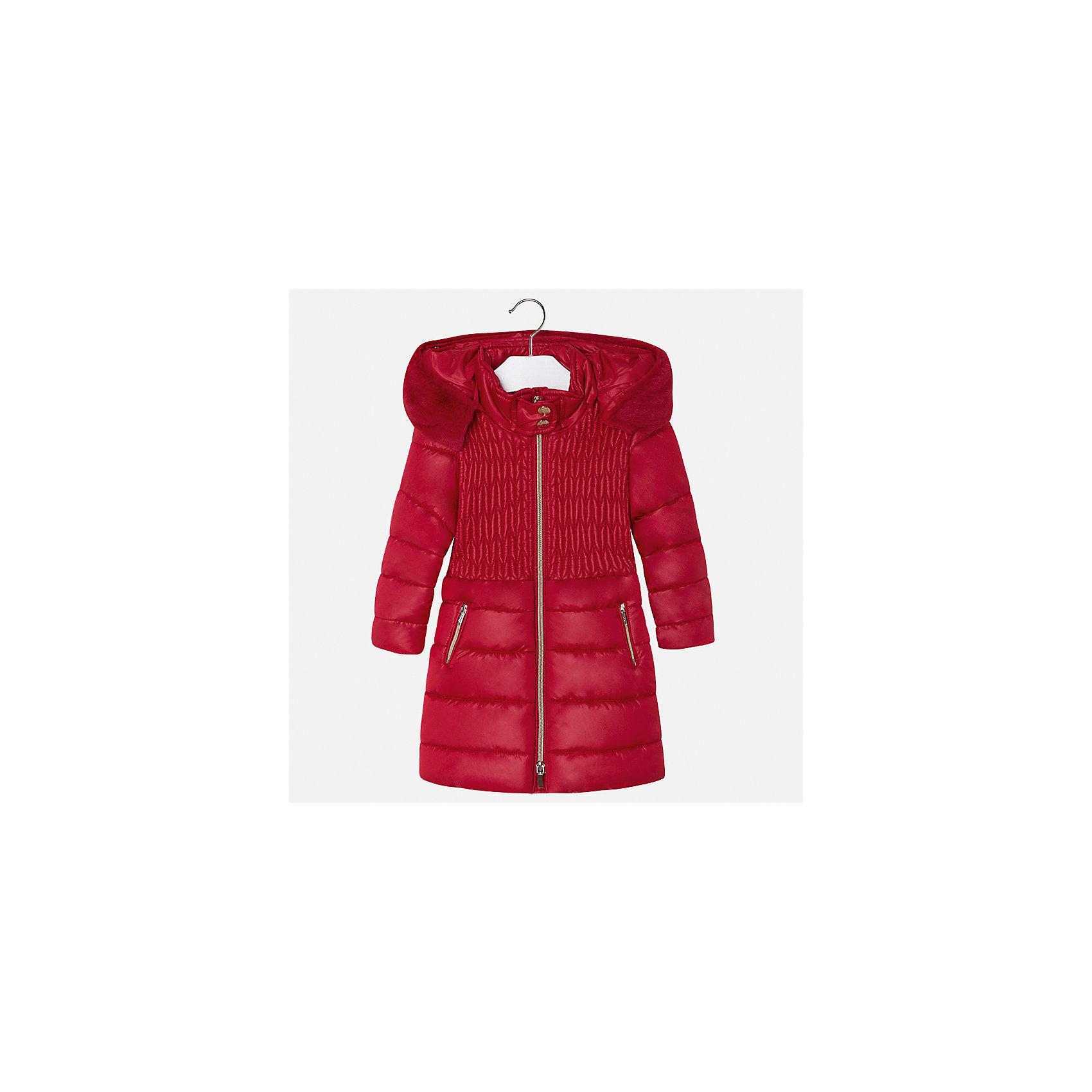 Куртка Mayoral для девочкиДемисезонные куртки<br>Характеристики товара:<br><br>• цвет: красный<br>• состав ткани: 100% полиэстер, подклад - 100% полиэстер, утеплитель - 100% полиэстер<br>• застежка: молния<br>• съемный капюшон<br>• карманы<br>• сезон: демисезон<br>• температурный режим: от 0 до -10С<br>• страна бренда: Испания<br>• страна изготовитель: Китай<br><br>Эффектная красная куртка обеспечит ребенку тепло в межсезонье и небольшие морозы. Капюшон не ней отстегивается. Куртка от Mayoral соответствует новейшим тенденциям молодежной моды. <br><br>Детская одежда от испанской компании Mayoral отличаются оригинальным и всегда стильным дизайном. Качество продукции неизменно очень высокое.<br><br>Куртку для девочки Mayoral (Майорал) можно купить в нашем интернет-магазине.<br><br>Ширина мм: 356<br>Глубина мм: 10<br>Высота мм: 245<br>Вес г: 519<br>Цвет: красный<br>Возраст от месяцев: 96<br>Возраст до месяцев: 108<br>Пол: Женский<br>Возраст: Детский<br>Размер: 134,98,104,110,116,122,128<br>SKU: 6924629