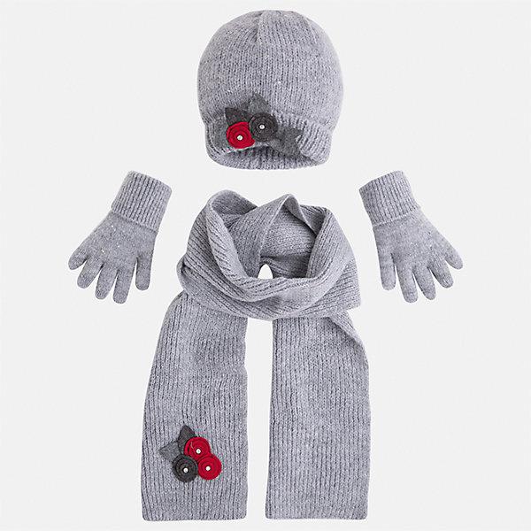 Комплект: шапка, шарф и перчатки Mayoral для девочкиКомплекты<br>Характеристики товара:<br><br>• цвет: белый<br>• состав ткани: 75% акрил, 25% полиамид<br>• сезон: демисезон<br>• комплектация: шапка, шарф, варежки<br>• страна бренда: Испания<br>• страна изготовитель: Индия<br><br>Этот демисезонный детский набор смотрится аккуратно и стильно. Симпатичные шапка, шарф и варежки для девочки от популярного бренда Mayoral отличаются нарядным декором в виде вязаных цветов. <br><br>Для производства детской одежды популярный бренд Mayoral используют только качественную фурнитуру и материалы. Оригинальные и модные вещи от Майорал неизменно привлекают внимание и нравятся детям.<br><br>Комплект: шапка, шарф и варежки для девочки Mayoral (Майорал) можно купить в нашем интернет-магазине.<br><br>Ширина мм: 89<br>Глубина мм: 117<br>Высота мм: 44<br>Вес г: 155<br>Цвет: серый<br>Возраст от месяцев: 72<br>Возраст до месяцев: 84<br>Пол: Женский<br>Возраст: Детский<br>Размер: 54,50,52<br>SKU: 6925611