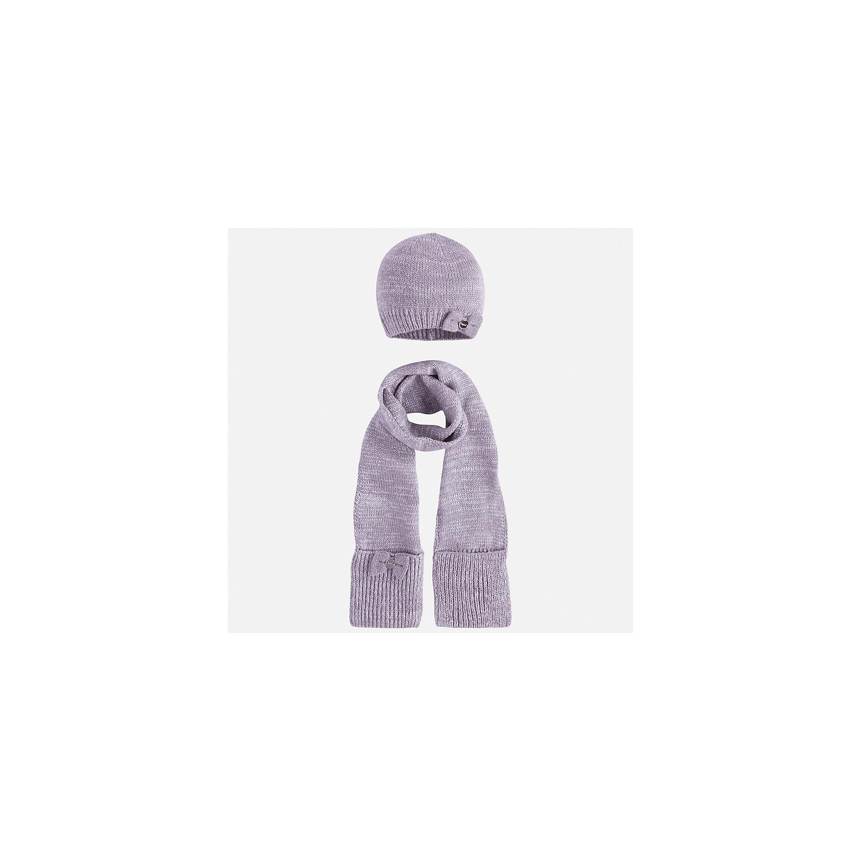 Комплект: шапка и шарф Mayoral для девочкиКомплекты<br>Характеристики товара:<br><br>• цвет: серебристый<br>• состав ткани: 93% акрил, 5% полиамид, 2% металлизированная нить<br>• сезон: демисезон<br>• комплектация: шапка, шарф<br>• страна бренда: Испания<br>• страна изготовитель: Индия<br><br>Этот стильный серебристый набор поможет обеспечить ребенку тепло и комфорт. Детский комплект для межсезонья от бренда Майорал смотрится модно и оригинально.<br><br>Детская одежда от испанской компании Mayoral отличаются оригинальным и всегда стильным дизайном. Качество продукции неизменно очень высокое.<br><br>Комплект: шапка и шарф для девочки Mayoral (Майорал) можно купить в нашем интернет-магазине.<br><br>Ширина мм: 89<br>Глубина мм: 117<br>Высота мм: 44<br>Вес г: 155<br>Цвет: серебряный<br>Возраст от месяцев: 72<br>Возраст до месяцев: 84<br>Пол: Женский<br>Возраст: Детский<br>Размер: 54,50,52<br>SKU: 6925667