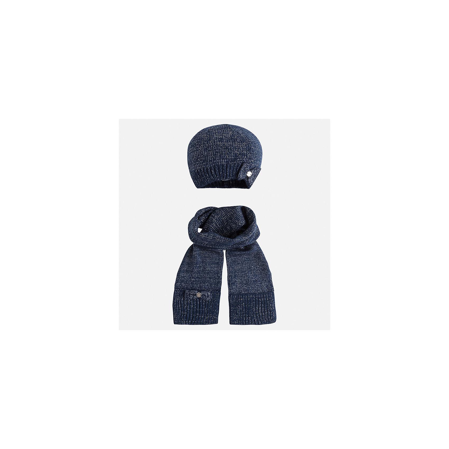 Комплект: шапка и шарф Mayoral для девочкиШарфы, платки<br>Характеристики товара:<br><br>• цвет: синий<br>• состав ткани: 93% акрил, 5% полиамид, 2% металлизированная нить<br>• сезон: демисезон<br>• комплектация: шапка, шарф<br>• страна бренда: Испания<br>• страна изготовитель: Индия<br><br>Синий демисезонный набор для детей смотрится аккуратно и стильно. Розовый модный комплект - вязаные шапка и шарф для девочки от популярного бренда Mayoral - отличается декором в виде бантов. <br><br>В одежде от испанской компании Майорал ребенок будет выглядеть модно, а чувствовать себя - комфортно. Целая команда европейских талантливых дизайнеров работает над созданием стильных и оригинальных моделей одежды. <br><br>Комплект: шапка и шарф для девочки Mayoral (Майорал) можно купить в нашем интернет-магазине.<br><br>Ширина мм: 89<br>Глубина мм: 117<br>Высота мм: 44<br>Вес г: 155<br>Цвет: синий<br>Возраст от месяцев: 72<br>Возраст до месяцев: 84<br>Пол: Женский<br>Возраст: Детский<br>Размер: 54,50,52<br>SKU: 6925675