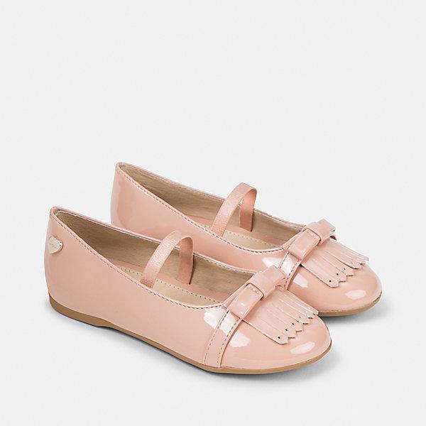 Туфли для девочки MayoralНарядная обувь<br>Характеристики товара:<br><br>• цвет: розовый<br>• внешний материал: полиуретан<br>• внутренний материал: натуральная кожа<br>• стелька: натуральная кожа<br>• подошва: полимер<br>• сезон: лето<br>• особенности модели: нарядная, лакированная<br>• застежка: резинка<br>• анатомические <br>• страна бренда: Испания<br>• страна изготовитель: Китай<br><br>Детская обувь Mayoral отличается оригинальным и всегда стильным дизайном. Такие лакированные туфли для девочки Mayoral легко надеваются и хорошо держатся на ноге благодаря мягким резинкам. Качество продукции неизменно очень высокое. Детские туфли с подкладкой из натуральной кожи позволяют обеспечить ногам комфорт. <br><br>Туфли Mayoral (Майорал) для девочки можно купить в нашем интернет-магазине.<br><br>Ширина мм: 227<br>Глубина мм: 145<br>Высота мм: 124<br>Вес г: 325<br>Цвет: розовый<br>Возраст от месяцев: 36<br>Возраст до месяцев: 48<br>Пол: Женский<br>Возраст: Детский<br>Размер: 27,26,35,34,33,32,31,30,29,28<br>SKU: 6925778
