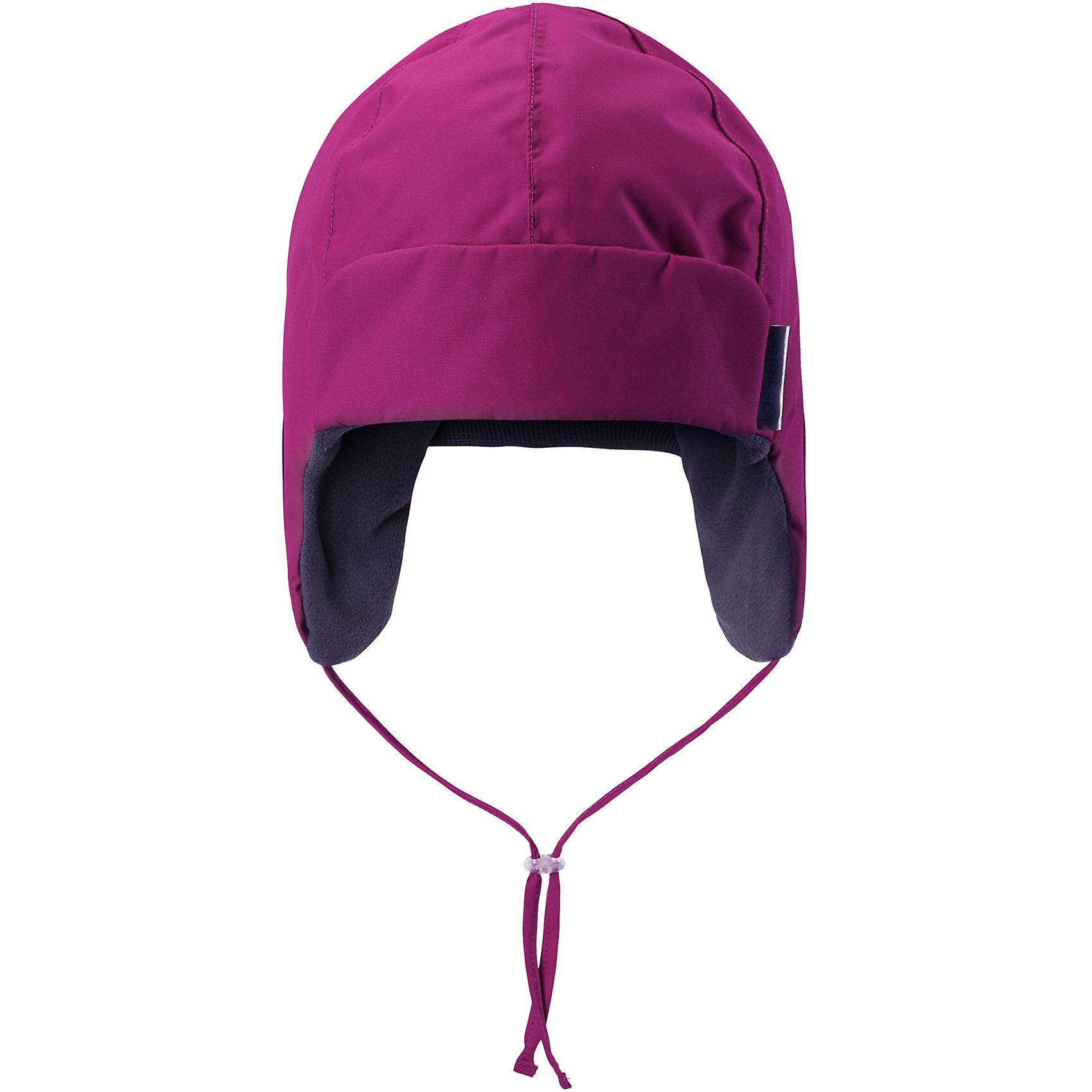 Шапка Lassietec LassieШапки и шарфы<br>Встречай зиму в этой теплой шапке для малышей! Мягкая флисовая подкладка очень приятна на ощупь, а благодаря водонепроницаемому, ветронепроницаемому и дышащему материалу шапка абсолютно непромокаемая. Светоотражающая эмблема Lassie® спереди.<br>Состав:<br>100% Полиэстер<br><br>Ширина мм: 89<br>Глубина мм: 117<br>Высота мм: 44<br>Вес г: 155<br>Цвет: розовый<br>Возраст от месяцев: 36<br>Возраст до месяцев: 48<br>Пол: Унисекс<br>Возраст: Детский<br>Размер: 50,54,52,48,46<br>SKU: 6927239