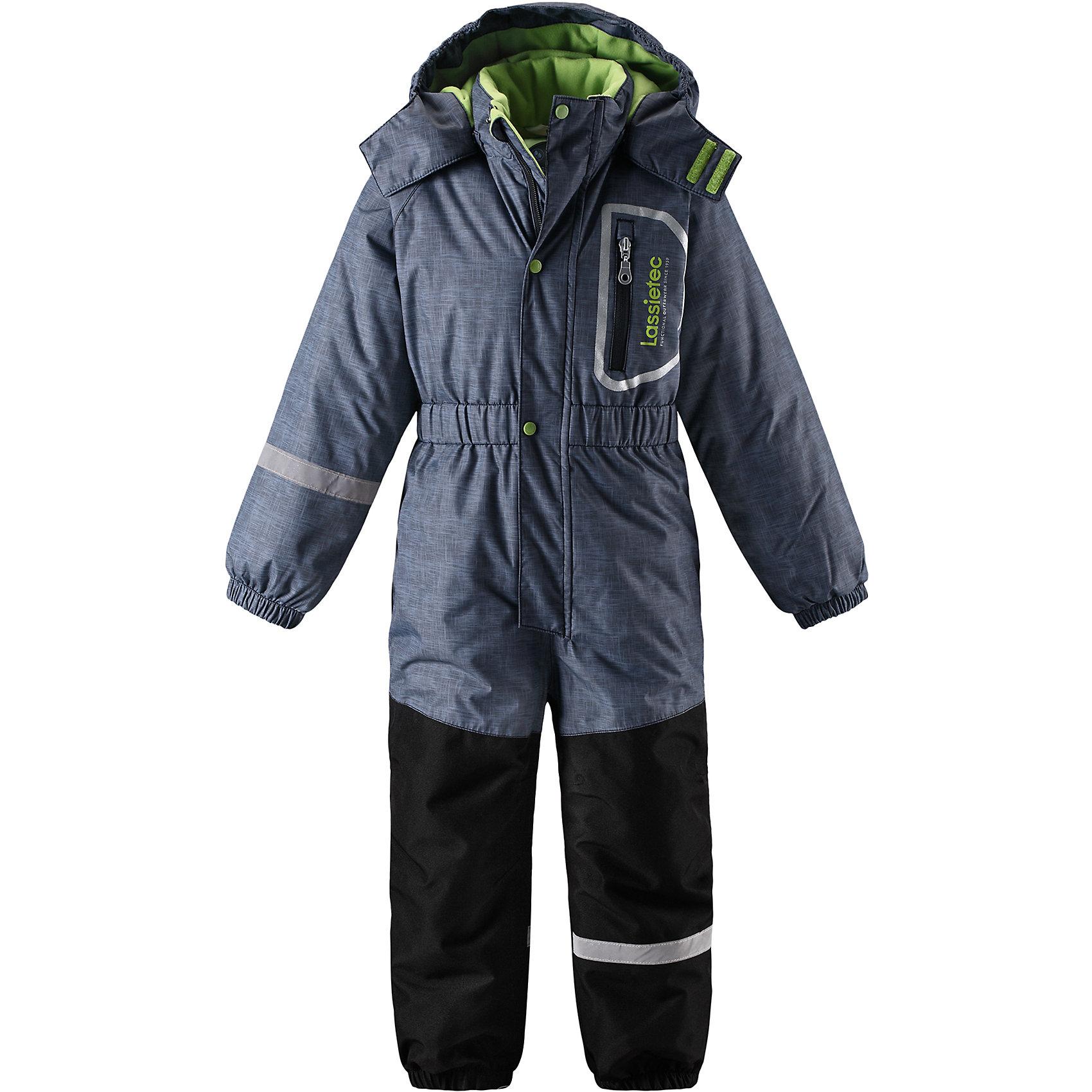 Комбинезон Lassietec LassieОдежда<br>Характеристики товара:<br><br>• цвет: синий;<br>• состав: 100% полиэстер, полиуретановое покрытие;<br>• подкладка: 100% полиэстер;<br>• утеплитель: 180 г/м2;<br>• сезон: зима;<br>• температурный режим: от 0 до -20С;<br>• водонепроницаемость: 5000/10000 мм;<br>• воздухопроницаемость: 5000 мм;<br>• износостойкость: 20000/50000 циклов (тест Мартиндейла)<br>• застежка: молния с дополнительной защитной планкой на кнопках;<br>• очень прочные усиленные вставки на штанинах;<br>• водо- и ветронепроницаемый, дышащий и грязеотталкивающий материал;<br>• внешние швы проклеены;<br>• гладкая подкладка из полиэстера;<br>• безопасный съемный капюшон на кнопках; <br>• эластичная талия, манжеты рукавов и низ штанин;<br>• съемные штрипки;<br>• нагрудный карман на молнии;<br>• светоотражающие детали;<br>• страна бренда: Финляндия;<br>• страна изготовитель: Китай;<br><br>Этот детский зимний комбинезон с капюшоном Lassietec® предназначен для самых активных любителей зимы Он изготовлен из сверхпрочного и водонепроницаемого материала, так что ножкам будет тепло и сухо во время игр в снегу. Все внешние швы проклеены, водонепроницаемы. Небольшой передний карман на молнии пригодится для хранения самых важных маленьких сокровищ! Съемный капюшон очень практичен и обеспечивает дополнительную безопасность.<br><br>Комбинезон Lassietec Lassie (Ласси) можно купить в нашем интернет-магазине.<br><br>Ширина мм: 356<br>Глубина мм: 10<br>Высота мм: 245<br>Вес г: 519<br>Цвет: серый<br>Возраст от месяцев: 84<br>Возраст до месяцев: 96<br>Пол: Унисекс<br>Возраст: Детский<br>Размер: 128,92,98,104,110,116,122<br>SKU: 6927287