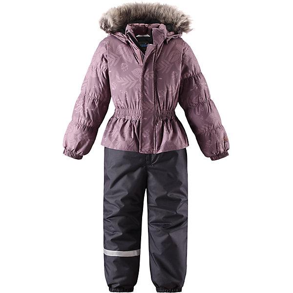 Комбинезон Lassie для девочкиОдежда<br>Характеристики товара:<br><br>• цвет: фиолетовый;<br>• состав: 100% полиэстер, полиуретановое покрытие;<br>• подкладка: 100% полиэстер;<br>• утеплитель: 180 г/м2;<br>• сезон: зима;<br>• температурный режим: от 0 до -20С;<br>• водонепроницаемость: 1000 мм;<br>• воздухопроницаемость: 1000/2000 мм;<br>• износостойкость: 15000/50000 циклов (тест Мартиндейла)<br>• застежка: молния с дополнительной защитной планкой;<br>• водоотталкивающий, ветронепроницаемый и дышащий материал;<br>• задний серединный шов проклеен;<br>• гладкая подкладка из полиэстера;<br>• безопасный съемный капюшон; <br>• съемный искусственный мех на капюшоне;<br>• эластичная талия, манжеты рукавов и низ штанин;<br>• съемные эластичные штрипки;<br>• боковые карманы;<br>• декоративные оборки;<br>• светоотражающие детали;<br>• страна бренда: Финляндия;<br>• страна изготовитель: Китай;<br><br>Зимний комбинезон на молнии. Съемный капюшон безопасен и практичен, а съемные штрипки не дают брючинам задираться.  Капюшон отделан меховой опушкой из искуственного меха, опушка отстегивается. <br><br>Комбинезон Lassie (Ласси) можно купить в нашем интернет-магазине.<br><br>Ширина мм: 356<br>Глубина мм: 10<br>Высота мм: 245<br>Вес г: 519<br>Цвет: розовый<br>Возраст от месяцев: 60<br>Возраст до месяцев: 72<br>Пол: Женский<br>Возраст: Детский<br>Размер: 116,122,128,92,98,104,110<br>SKU: 6927391