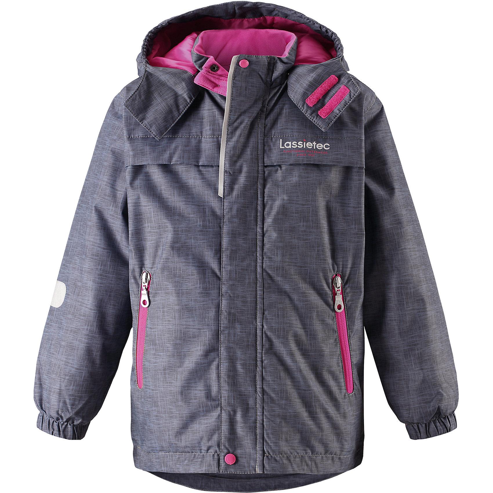 Куртка Lassietec LassieОдежда<br>Характеристики товара:<br><br>• цвет: серый/розовый;<br>• состав: 100% полиэстер, полиуретановое покрытие;<br>• подкладка: 100% полиэстер;<br>• утеплитель: 140 г/м2;<br>• сезон: зима;<br>• температурный режим: от 0 до -20С;<br>• водонепроницаемость: 5000 мм;<br>• воздухопроницаемость: 5000 мм;<br>• износостойкость: 20000 циклов (тест Мартиндейла)<br>• застежка: молния с дополнительной защитной планкой;<br>• водоотталкивающий, ветронепроницаемый, дышащий и грязеотталкивающий материал;<br>• внешние швы проклеены;<br>• гладкая подкладка из полиэстера;<br>• безопасный съемный капюшон; <br>• эластичная талия и манжеты рукавов;<br>• карманы на молнии;<br>• светоотражающие детали;<br>• страна бренда: Финляндия;<br>• страна изготовитель: Китай;<br><br>Эта теплая и функциональная детская зимняя куртка Lassietec® отлично подходит для ежедневной носки! Съемный капюшон защищает от пронизывающего ветра и гарантирует безопасность во время игр на свежем воздухе. Гладкая и приятная на ощупь подкладка облегчает надевание и обеспечивает дополнительное утепление. Все основные швы в куртке проклеены, водонепроницаемы, а водонепроницаемый, ветронепроницаемый и дышащий материал обеспечивает комфорт во время веселых прогулок. <br><br>Куртку Lassietec Lassie (Ласси) для мальчика можно купить в нашем интернет-магазине.<br><br>Ширина мм: 356<br>Глубина мм: 10<br>Высота мм: 245<br>Вес г: 519<br>Цвет: серый<br>Возраст от месяцев: 108<br>Возраст до месяцев: 120<br>Пол: Унисекс<br>Возраст: Детский<br>Размер: 140,92,98,104,110,116,122,128,134<br>SKU: 6927443