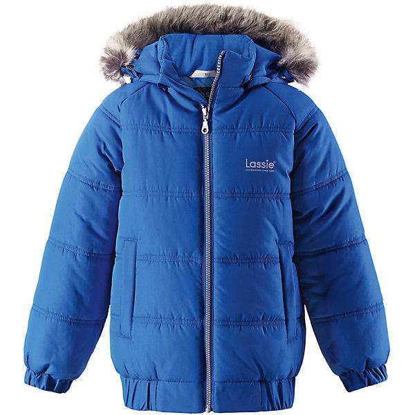 Куртка Lassie для мальчикаОдежда<br>Характеристики товара:<br><br>• цвет: синий;<br>• состав: 100% полиэстер, полиуретановое покрытие;<br>• подкладка: 100% полиэстер;<br>• утеплитель: 200 г/м2;<br>• сезон: зима;<br>• температурный режим: от 0 до -25С;<br>• водонепроницаемость: 1000 мм;<br>• воздухопроницаемость: 1000 мм;<br>• износостойкость: 20000 циклов (тест Мартиндейла);<br>• особенности: с мехом;<br>• застежка: молния с дополнительной защитной планкой и защитой подбородка;<br>• водоотталкивающий, ветронепроницаемый и дышащий материал;<br>• гладкая подкладка из полиэстера;<br>• безопасный съемный капюшон; <br>• съемный искусственный мех на капюшоне;<br>• эластичные манжеты рукавов; <br>• эластичная кромка подола;<br>• два прорезных кармана;<br>• светоотражающие детали;<br>• страна бренда: Финляндия;<br>• страна изготовитель: Китай;<br><br>Классная куртка на зимние холода! Эта зимняя куртка сшита из водоотталкивающего, ветронепроницаемого и дышащего материала. Она снабжена безопасным съемным капюшоном, а съемная оторочка из искусственного меха оживляет образ.<br><br>Куртку Lassie (Ласси) для мальчика можно купить в нашем интернет-магазине.<br>Ширина мм: 356; Глубина мм: 10; Высота мм: 245; Вес г: 519; Цвет: синий; Возраст от месяцев: 36; Возраст до месяцев: 48; Пол: Мужской; Возраст: Детский; Размер: 104,98,92,140,134,128,122,116,110; SKU: 6927651;