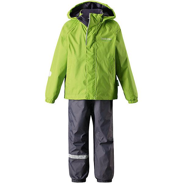 Комплект Lassietec LassieОдежда<br>Характеристики товара:<br><br>• цвет: зеленый;<br>• состав: 100% полиэстер, полиуретановое покрытие;<br>• подкладка: 100% полиэстер;<br>• без утеплителя;<br>• сезон: демисезон;<br>• температурный режим: от +5С;<br>• водонепроницаемость: 5000 мм;<br>• воздухопроницаемость: 8000 мм;<br>• износостойкость: 10000 циклов (тест Мартиндейла);<br>• застежка: куртка на молнии, брюки на резинке;<br>• внешние швы проклеены и водонепроницаемы;<br>• гладкая подкладка из полиэстера; <br>• безопасный съемный капюшон на кнопках;<br>• эластичные манжеты; <br>• эластичные штанины;<br>• регулируемые подол;<br>• съемные штрипки в размерах 92-128;<br>• два прорезных кармана;<br>• светоотражающие детали;<br>• страна бренда: Финляндия;<br>• страна изготовитель: Китай;<br><br>Детский демисезонный комплект с красочной, всегда актуальной расцветкой и гарантированной функциональностью Lassietec®. Все основные швы проклеены, водонепроницаемы. Удобная гладкая подкладка из полиэстера облегчает надевание. В прорезных карманах ключи и другие важные вещи будут в сохранности.<br><br>Комплект Lassietec Lassie (Ласси) для мальчика можно купить в нашем интернет-магазине.<br><br>Ширина мм: 356<br>Глубина мм: 10<br>Высота мм: 245<br>Вес г: 519<br>Цвет: зеленый<br>Возраст от месяцев: 18<br>Возраст до месяцев: 24<br>Пол: Мужской<br>Возраст: Детский<br>Размер: 116,110,104,98,92,140,134,128,122<br>SKU: 6927801