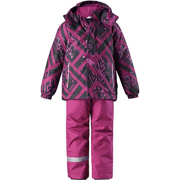 Комплект LassieОдежда<br>Характеристики товара:<br><br>• цвет: фиолетовый;<br>• состав: 100% полиэстер, полиуретановое покрытие;<br>• подкладка: 100% полиэстер;<br>• утеплитель: куртка 180 г/м2, брюки 100 г/м2;<br>• сезон: зима;<br>• температурный режим: от 0 до -20С;<br>• водонепроницаемость: 1000 мм;<br>• воздухопроницаемость: 1000 мм;<br>• износостойкость: 50000 циклов (тест Мартиндейла);<br>• застежка: куртка на молнии, брюки молнии и пуговице;<br>• водоотталкивающий, ветронепроницаемый и дышащий материал;<br>• гладкая подкладка из полиэстера; <br>• безопасный съемный капюшон;<br>• эластичные манжеты; <br>• снегозащитные манжеты на штанинах;<br>• регулируемые подол;<br>• регулируемые и отстегивающиеся эластичные подтяжки;<br>• два прорезных кармана;<br>• светоотражающие детали;<br>• страна бренда: Финляндия;<br>• страна изготовитель: Китай;<br><br>Этот детский зимний комплект рассчитан на активных детей, которые любят играть на улице в любую погоду. Он изготовлен из сверхпрочного материала и оснащен безопасным съемным капюшоном, который обеспечивает дополнительную защиту. Регулируемый подол куртки и подтяжки на брюках позволяют откорректировать одежду по фигуре. На концах брючин предусмотрена защита от снега, поэтому ножки останутся сухими во время игр на снегу. Красочный рисунок дополняет образ!<br><br>Комплект Lassie (Ласси) для девочки можно купить в нашем интернет-магазине.<br><br>Ширина мм: 356<br>Глубина мм: 10<br>Высота мм: 245<br>Вес г: 519<br>Цвет: лиловый<br>Возраст от месяцев: 60<br>Возраст до месяцев: 72<br>Пол: Женский<br>Возраст: Детский<br>Размер: 116,110,104,98,92,140,134,128,122<br>SKU: 6927811