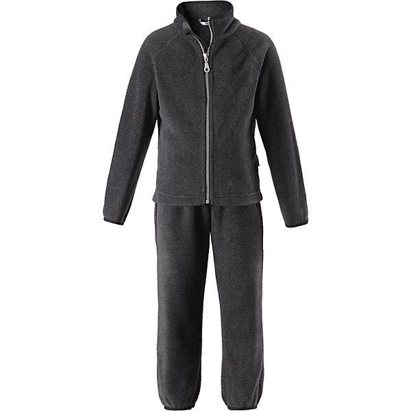Флисовый комплект LassieОдежда<br>Характеристики товара:<br><br>• цвет: серый;<br>• состав: 100% полиэстер, флис 200 г/м2;<br>• сезон: зима;<br>• застежка: кофта на молнии, брюки на резинке;<br>• выводит влагу в верхние слои одежды;<br>• дышащий, теплый и быстросохнущий флис; <br>• молния с защитой подбородка от защемления;<br>• эластичные манжеты на рукавах и брючинах; <br>• эластичный воротник и талия;<br>• страна бренда: Финляндия;<br>• страна изготовитель: Китай;<br><br>Флисовый комплект состоит из кофты и шатнишек. Кофта застегивается на молнию по всей длине, молния с защитой подбородка от защемления. Брюки на эластичной мягкой резинке, которая не давит.<br><br>Флисовый комплект Lassie (Ласси) можно купить в нашем интернет-магазине.<br>Ширина мм: 190; Глубина мм: 74; Высота мм: 229; Вес г: 236; Цвет: серый; Возраст от месяцев: 18; Возраст до месяцев: 24; Пол: Мужской; Возраст: Детский; Размер: 92,140,134,128,122,116,110,104,98; SKU: 6927941;