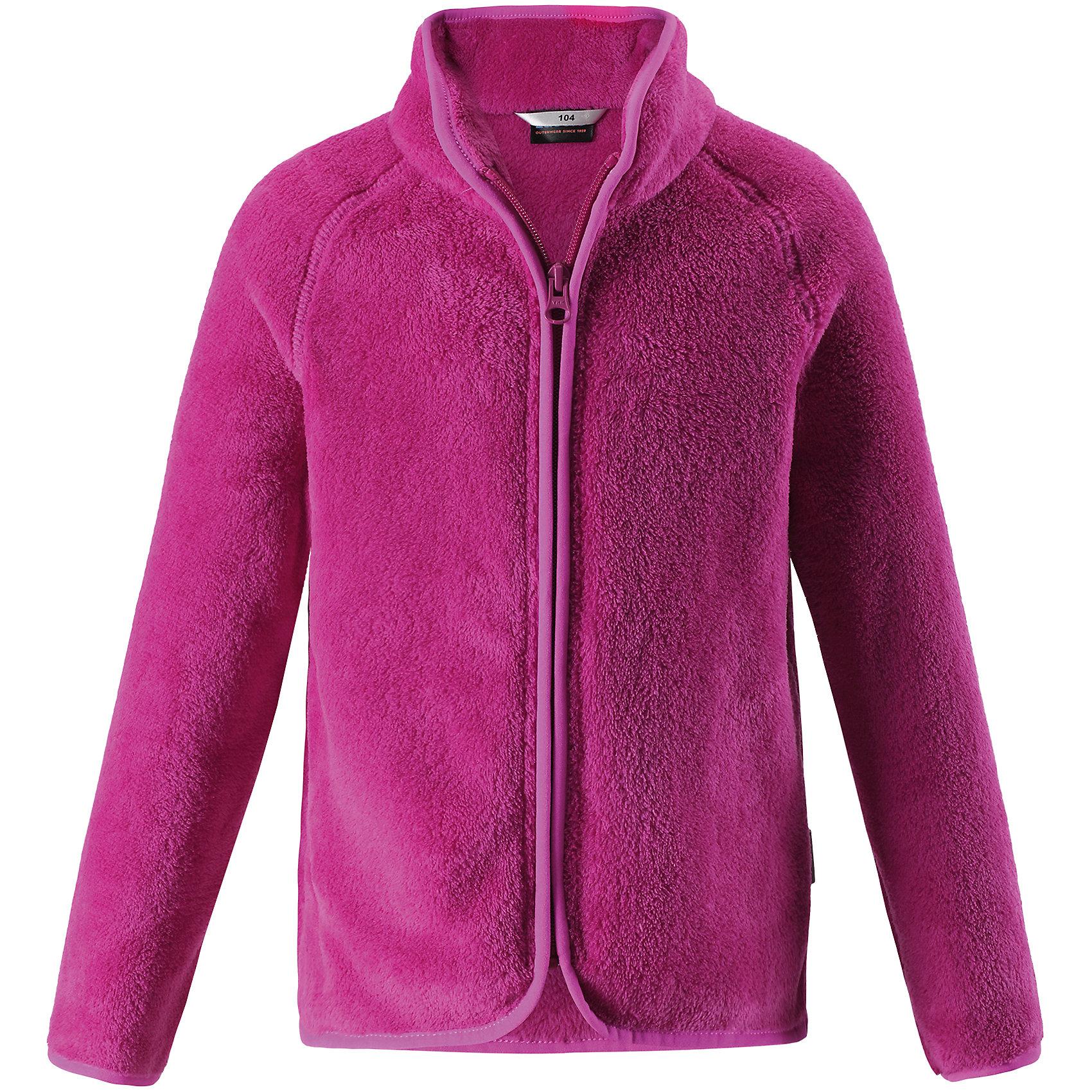 Флисовая кофта LassieОдежда<br>Характеристики товара:<br><br>• цвет: розовый;<br>• состав: 100% полиэстер, флис 260 г/м2;<br>• сезон: зима;<br>• застежка: молния по всей длине;<br>• выводит влагу в верхние слои одежды;<br>• простой в уходе материал, быстро сохнет; <br>• мягкий и удобный, пушистый флисовый материал;<br>• эластичная резинка на воротнике, манжетах и подоле; <br>• страна бренда: Финляндия;<br>• страна изготовитель: Китай;<br><br>Флисовая кофта – то, что надо! Флис – простой в уходе и быстросохнущий материал, который отводит влагу от кожи и отлично согревает, в нем маленькому любителю прогулок будет всегда тепло. А благодаря практичной молнии во всю длину спереди куртку легко надевать.<br><br>Флисовая кофта Lassie (Ласси) можно купить в нашем интернет-магазине.<br><br>Ширина мм: 190<br>Глубина мм: 74<br>Высота мм: 229<br>Вес г: 236<br>Цвет: розовый<br>Возраст от месяцев: 108<br>Возраст до месяцев: 120<br>Пол: Унисекс<br>Возраст: Детский<br>Размер: 122,128,134,140,92,98,104,110,116<br>SKU: 6927951
