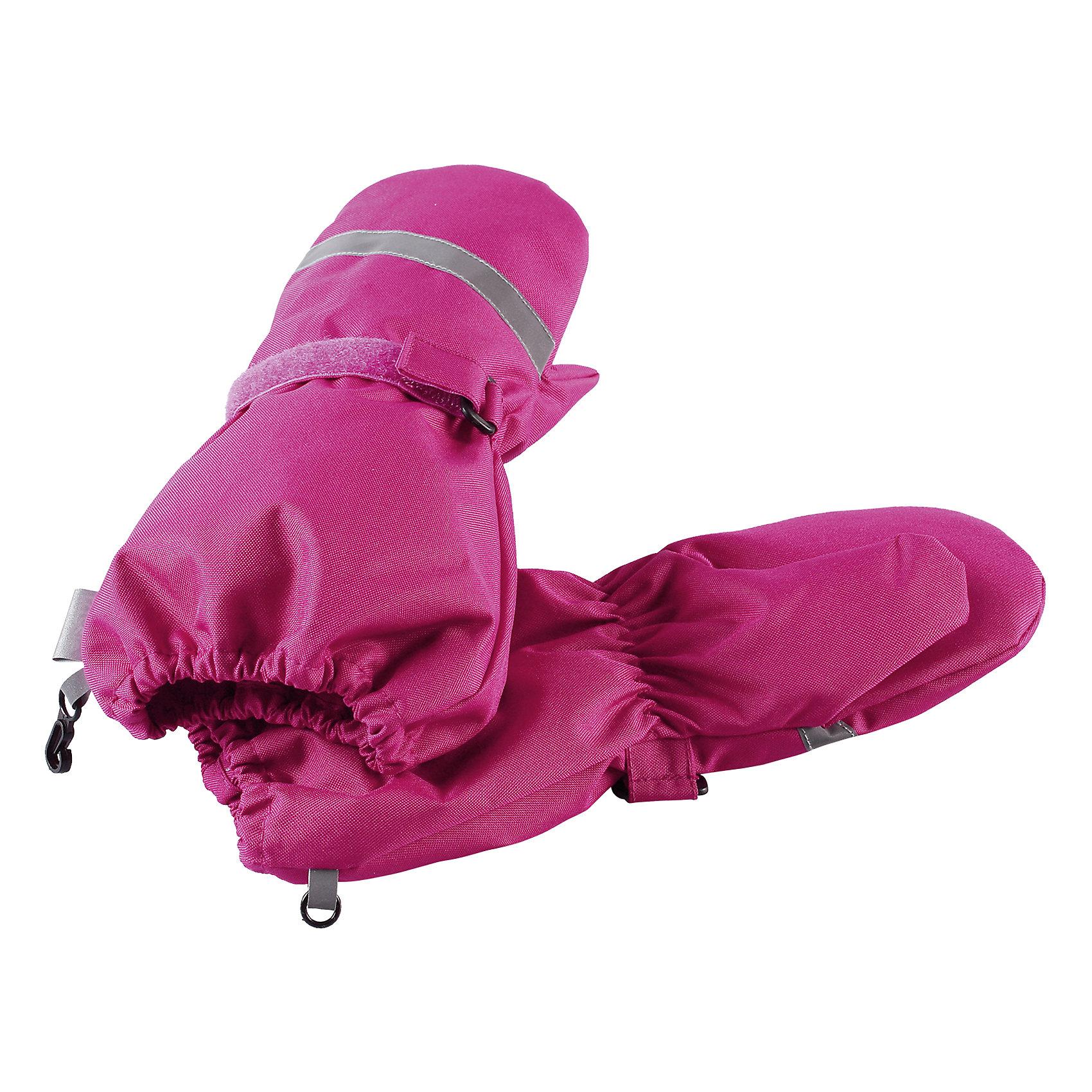 Варежки LassieПерчатки и варежки<br>Давайте слепим снеговика! Эти детские варежки усилены сверхпрочным материалом, который гарантирует отсутствие скольжения даже на ледяных поверхностях – катать в них снежки просто и весело! Нежная и мягкая на ощупь трикотажная подкладка с начесом обеспечивает дополнительное утепление. Благодаря удобной застежке на липучке они хорошо и плотно сидят на руке.<br>Состав:<br>100% Полиэстер<br><br>Ширина мм: 162<br>Глубина мм: 171<br>Высота мм: 55<br>Вес г: 119<br>Цвет: розовый<br>Возраст от месяцев: 96<br>Возраст до месяцев: 120<br>Пол: Унисекс<br>Возраст: Детский<br>Размер: 6,3,4,5<br>SKU: 6928026