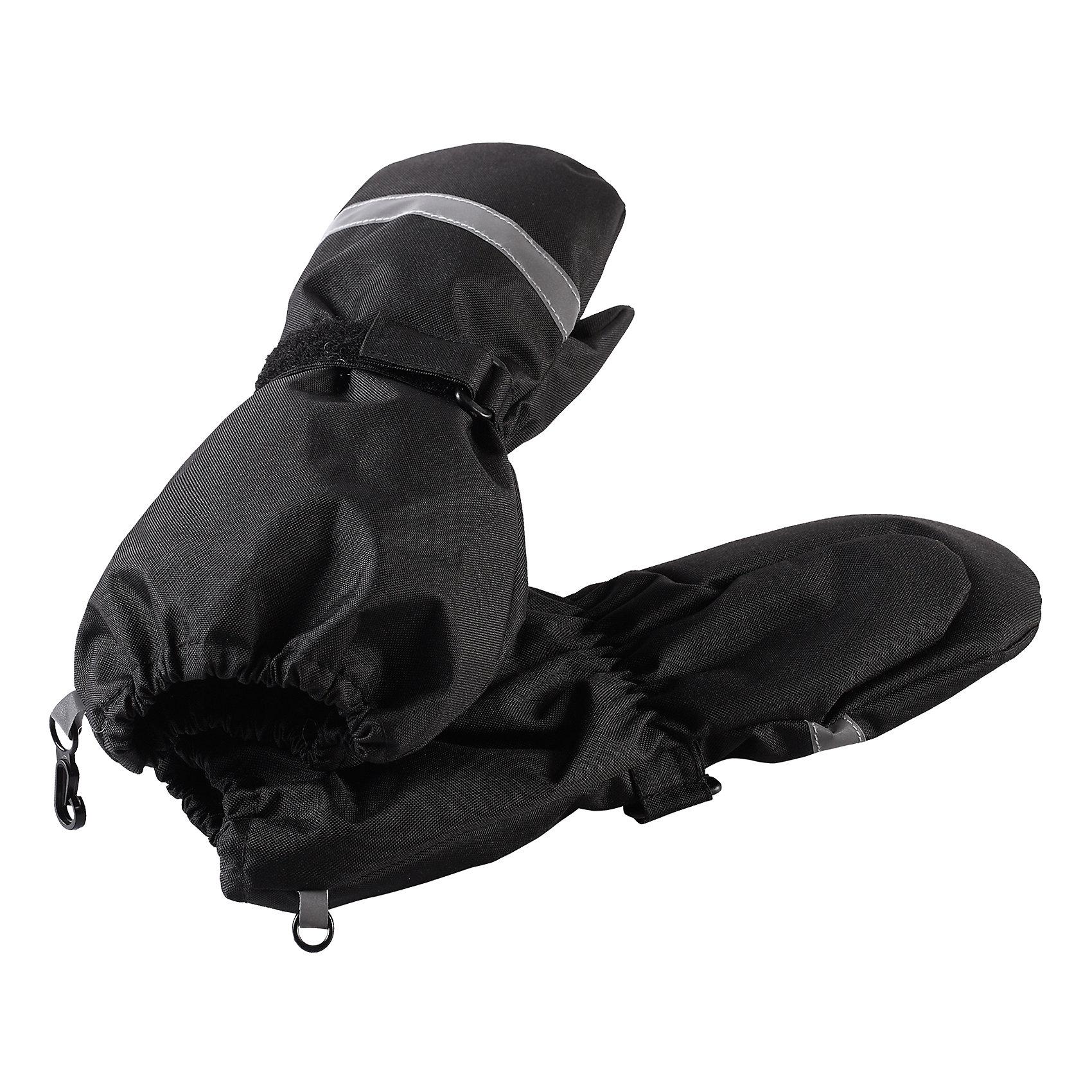 Варежки LassieПерчатки, варежки<br>Давайте слепим снеговика! Эти детские варежки усилены сверхпрочным материалом, который гарантирует отсутствие скольжения даже на ледяных поверхностях – катать в них снежки просто и весело! Нежная и мягкая на ощупь трикотажная подкладка с начесом обеспечивает дополнительное утепление. Благодаря удобной застежке на липучке они хорошо и плотно сидят на руке.<br>Состав:<br>100% Полиэстер<br><br>Ширина мм: 162<br>Глубина мм: 171<br>Высота мм: 55<br>Вес г: 119<br>Цвет: черный<br>Возраст от месяцев: 96<br>Возраст до месяцев: 120<br>Пол: Унисекс<br>Возраст: Детский<br>Размер: 6,3,4,5<br>SKU: 6928046