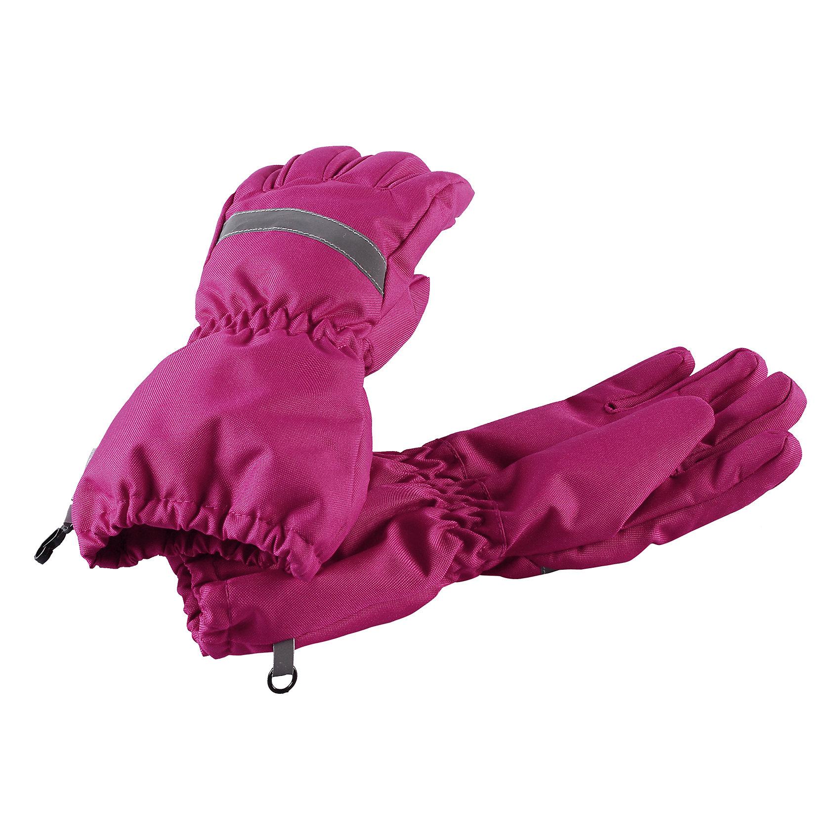 Перчатки LassieПерчатки, варежки<br>Характеристики товара:<br><br>• цвет: розовый;<br>• состав: 100% полиэстер;<br>• подкладка: 100% полиэстер с начесом;<br>• утеплитель: 120 г/м2;<br>• сезон: зима;<br>• температурный режим: от 0 до -20С;<br>• водонепроницаемость: 1000 мм;<br>• воздухопроницаемость: 1000 мм;<br>• износостойкость: 50000 циклов (тест Мартиндейла);<br>• особенности: мембранные;<br>• водоотталкивающий, ветронепроницаемый и грязеотталкивающий материал;<br>• подкладка из полиэстера с начесом; <br>• сверхпрочный материал;<br>• светоотражающие детали; <br>• страна бренда: Финляндия;<br>• страна изготовитель: Китай;<br><br>Эти детские перчатки созданы, чтобы ручки оставались теплыми и сухими во время активных зимних прогулок. Они изготовлены из сверхпрочного материала с гладкой трикотажной подкладкой внутри. <br><br>Перчатки Lassie (Ласси) можно купить в нашем интернет-магазине.<br><br>Ширина мм: 162<br>Глубина мм: 171<br>Высота мм: 55<br>Вес г: 119<br>Цвет: розовый<br>Возраст от месяцев: 96<br>Возраст до месяцев: 120<br>Пол: Унисекс<br>Возраст: Детский<br>Размер: 6,3,4,5<br>SKU: 6928051