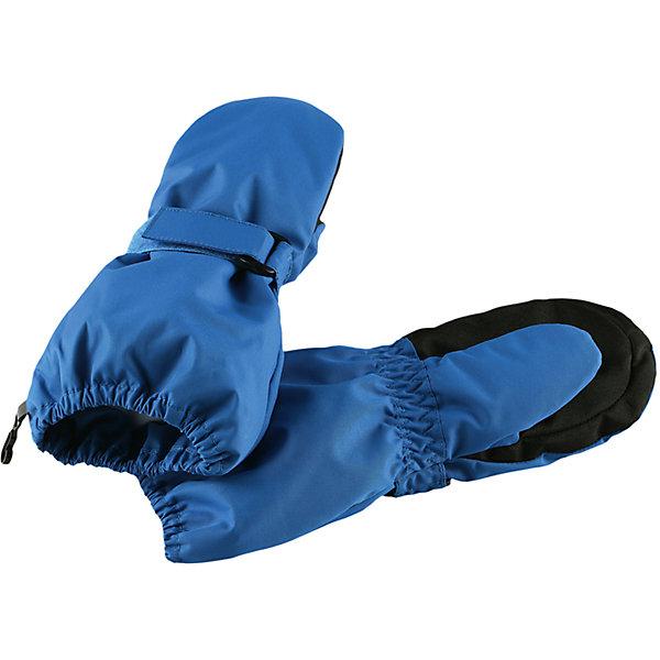 Варежки LassieПерчатки, варежки<br>Характеристики товара:<br><br>• цвет: синий;<br>• состав: 100% полиэстер;<br>• подкладка: 100% полиэстер с начесом;<br>• утеплитель: 120 г/м2;<br>• сезон: зима;<br>• температурный режим: от 0 до -20С;<br>• водонепроницаемость: 1000 мм;<br>• воздухопроницаемость: 1000/2000 мм;<br>• износостойкость: 20000/50000 циклов (тест Мартиндейла);<br>• особенности: мембранные;<br>• водоотталкивающий, ветронепроницаемый и грязеотталкивающий материал;<br>• подкладка из полиэстера с начесом; <br>• ремешок для удобства регулировки рукавов на запястье;<br>• усиленная вставка на ладони;<br>• светоотражающие детали; <br>• страна бренда: Финляндия;<br>• страна изготовитель: Китай;<br><br>Эти детские варежки созданы, чтобы ручки оставались теплыми и сухими во время активных игр на свежем воздухе. Они изготовлены из сверхпрочного материала с гладкой трикотажной подкладкой внутри. Варежки снабжены усилениями на ладони, а также светоотражателем.<br><br>Варежки Lassie (Ласси) можно купить в нашем интернет-магазине.<br><br>Ширина мм: 162<br>Глубина мм: 171<br>Высота мм: 55<br>Вес г: 119<br>Цвет: синий<br>Возраст от месяцев: 24<br>Возраст до месяцев: 48<br>Пол: Мужской<br>Возраст: Детский<br>Размер: 3,4,5,6<br>SKU: 6928081