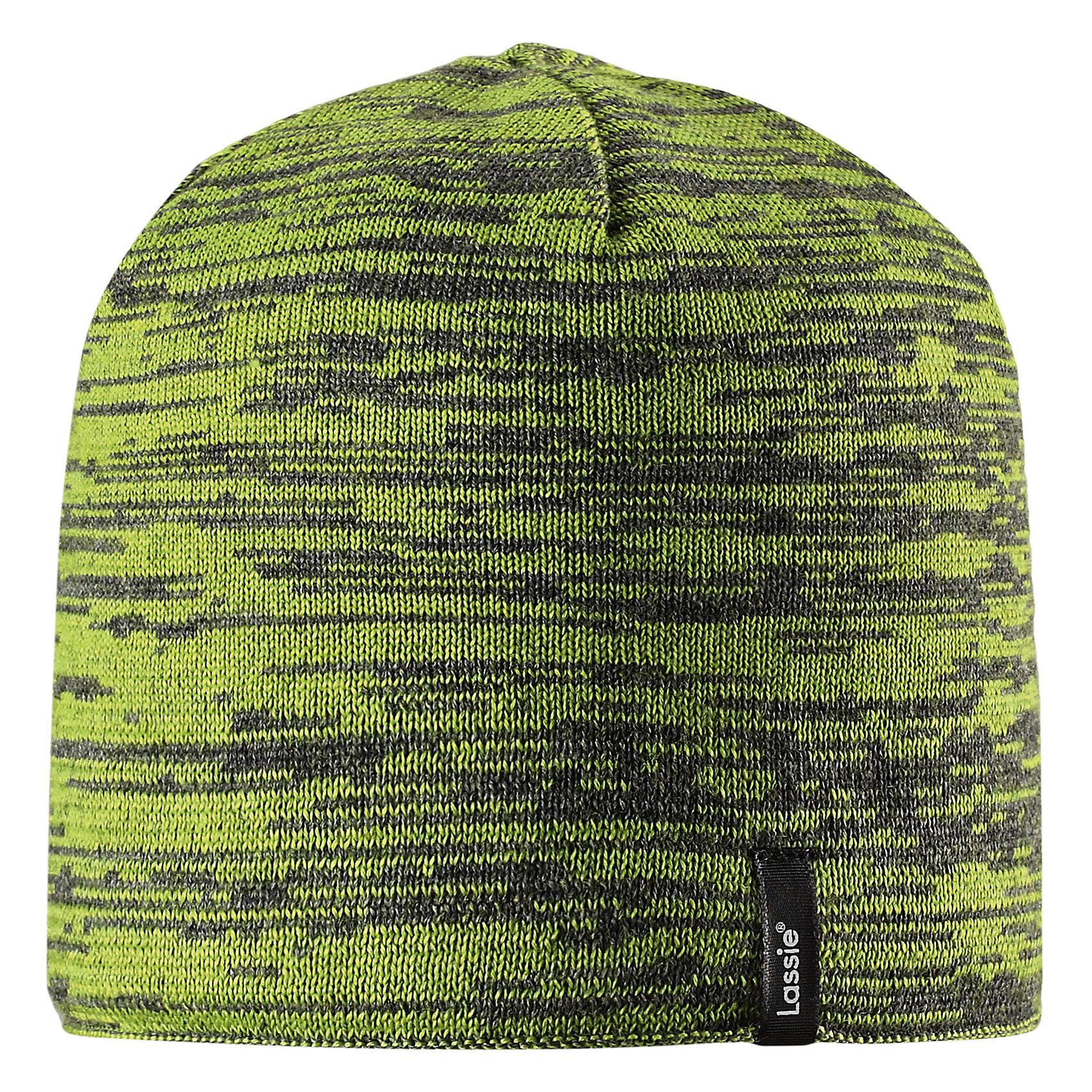 Шапка Lassie для мальчикаШапки и шарфы<br>Характеристики товара:<br><br>• цвет: зеленый;<br>• состав: 50% шерсть, 50% полиакрил;<br>• подкладка: 100% полиэстер, флис;<br>• без утеплителя;<br>• сезон: демисезон;<br>• температурный режим: от +5С;<br>• особенности: шерстяная, вязаная;<br>• мягкая и теплая ткань из смеси шерсти;<br>• ветронепроницаемые вставки в области ушей; <br>• сплошная подкладка: мягкий теплый флис;<br>• светоотражающие детали; <br>• страна бренда: Финляндия;<br>• страна изготовитель: Китай;<br><br>Эта модная шапка для мальчиков – великолепное дополнение к детскому зимнему гардеробу. Шапка связана из теплой полушерсти, дополнена быстросохнущей и мягкой флисовой подкладкой и снабжена ветронепроницаемыми вставками в области ушей, которые защищают ушки от холодного ветра. Светоотражающая эмблема Lassie®.<br><br>Шапку Lassie (Ласси) можно купить в нашем интернет-магазине.<br><br>Ширина мм: 89<br>Глубина мм: 117<br>Высота мм: 44<br>Вес г: 155<br>Цвет: зеленый<br>Возраст от месяцев: 12<br>Возраст до месяцев: 24<br>Пол: Мужской<br>Возраст: Детский<br>Размер: 46-48,54-56,50-52<br>SKU: 6928133