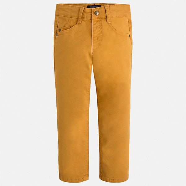Брюки Mayoral для мальчикаБрюки<br>Характеристики товара:<br><br>• цвет: желтый;<br>• состав ткани 98% хлопок, 2% эластан;<br>• regular fit (прямой покрой);<br>• регулируемая талия;<br>• клепки и накладные карманы;<br>• сезон: демисезон;<br>• страна бренда: Испания;<br>• страна изготовитель: Бангладеш.<br><br>Брюки для мальчика от популярного бренда Mayoral из гладкого эластичного хлопка средней плотности. Пояс с регулировкой. Декорированы клепками и накладными задними карманами. Очень удобные и не стесняют движений, смотрятся аккуратно и стильно.<br><br>В одежде от испанской компании Майорал ребенок будет выглядеть модно, а чувствовать себя - комфортно. <br><br>Брюки для  мальчика Mayoral (Майорал) можно купить в нашем интернет-магазине.<br><br>Ширина мм: 215<br>Глубина мм: 88<br>Высота мм: 191<br>Вес г: 336<br>Цвет: желтый<br>Возраст от месяцев: 18<br>Возраст до месяцев: 24<br>Пол: Мужской<br>Возраст: Детский<br>Размер: 92,122,116,110,104,98<br>SKU: 6931548
