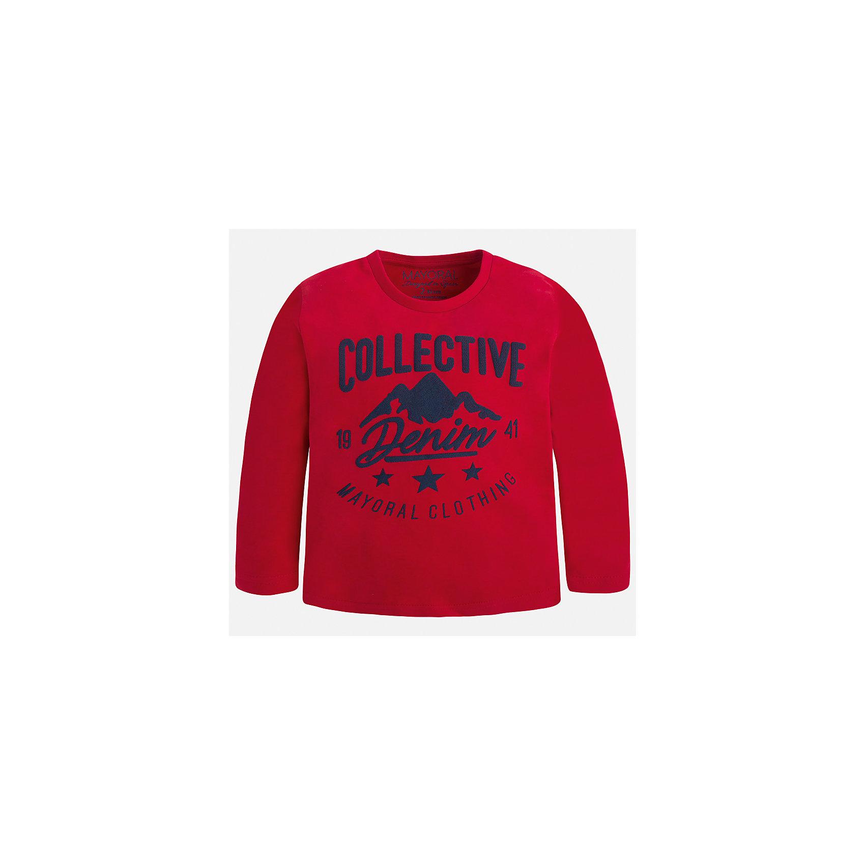 Футболка с длинным рукавом для мальчика MayoralФутболки с длинным рукавом<br>Характеристики товара:<br><br>• цвет: красный;<br>• состав ткани: 100% хлопок;<br>• длинный рукав;<br>• рисунок: прорезиненный принт;<br>• сезон: демисезон;<br>• страна бренда: Испания;<br>• страна изготовитель: Бангладеш.<br><br>Лонгслив для мальчика от популярного бренда Mayoral, ткань из эластичного 100% хлопка, приятная на ощупь и декорированая принтом. Имеет круглый вырез. Очень практичный и долгий в носке, цвет нетускнеет, смотрится аккуратно и стильно. Лонгслив идеально подходит для повседневной одежды как дома, так и на прогулку.<br><br>Для производства детской одежды популярный бренд Mayoral используют только качественную фурнитуру и материалы. Оригинальные и модные вещи от Майорал неизменно привлекают внимание и нравятся детям.<br><br>Лонгслив для мальчика Mayoral (Майорал) можно купить в нашем интернет-магазине.<br><br>Для производства детской одежды популярный бренд Mayoral используют только качественную фурнитуру и материалы. Оригинальные и модные вещи от Майорал неизменно привлекают внимание и нравятся детям.<br><br>Лонгслив для мальчика Mayoral (Майорал) можно купить в нашем интернет-магазине.<br><br>Ширина мм: 230<br>Глубина мм: 40<br>Высота мм: 220<br>Вес г: 250<br>Цвет: красный<br>Возраст от месяцев: 18<br>Возраст до месяцев: 24<br>Пол: Мужской<br>Возраст: Детский<br>Размер: 92,134,128,122,116,110,104,98<br>SKU: 6931742