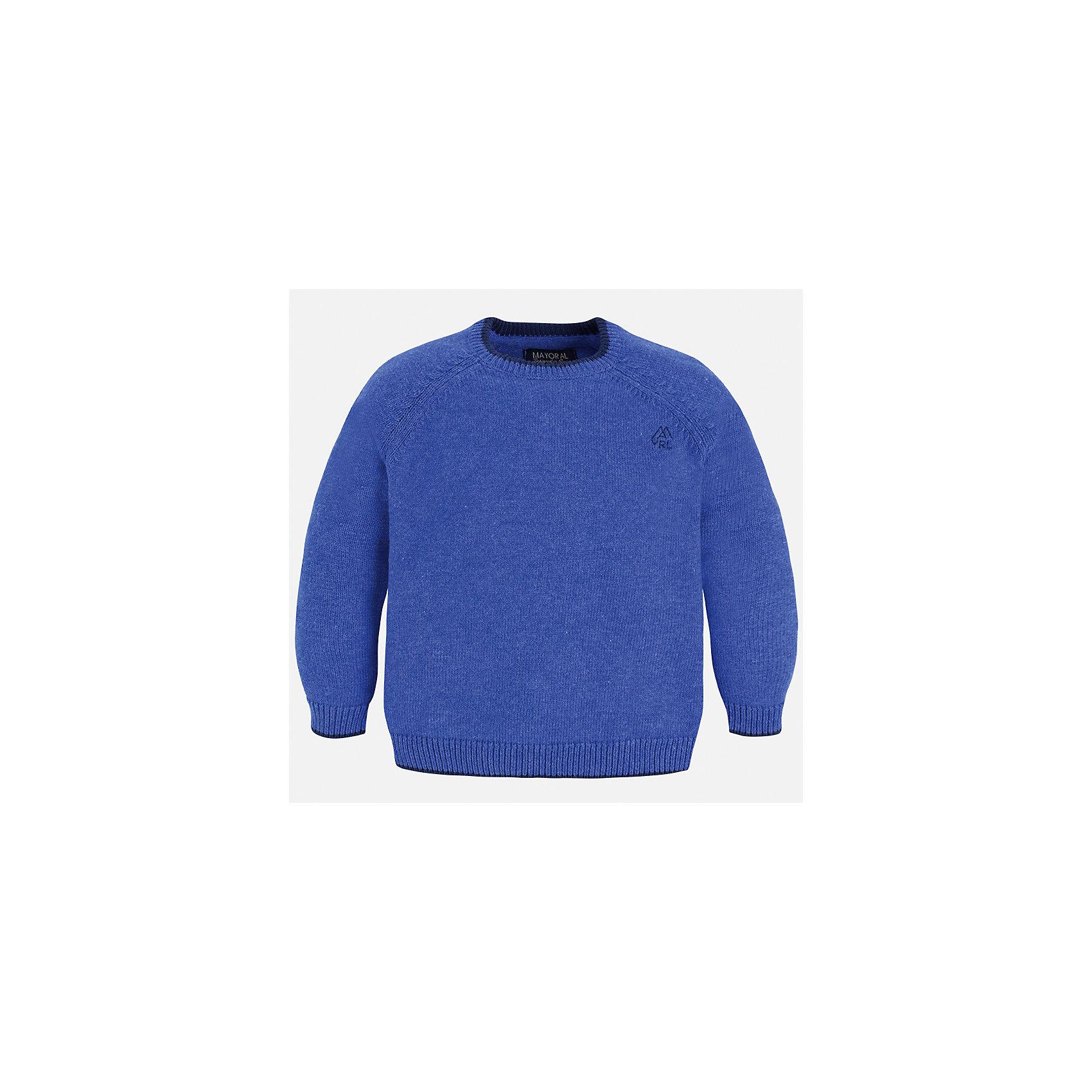 Свитер Mayoral для мальчикаСвитера и кардиганы<br>Характеристики товара:<br><br>• цвет: голубой;<br>• состав ткани: 60% хлопок, 30% полиамид, 10% шерсть;<br>• длинный рукав - реглан;<br>• однотонный;<br>• школьный;<br>• сезон: демисезон;<br>• страна бренда: Испания;<br>• страна изготовитель: Бангладеш.<br><br>Однотонный свитер для мальчика от популярного бренда Mayoral из натурально и мягкого 100% хлопка тонкой вязки, декорирован маленьким принтом в виде логотипа с вышивкой. Имеет круглый вырез и уплотненные края на руковах и поясе. Очень практичный и долгий в носке, цвет нетускнеет, смотрится аккуратно и стильно как с джинсами, так и в сочетании со школьной формой.<br><br>Для производства детской одежды популярный бренд Mayoral используют только качественную фурнитуру и материалы. Оригинальные и модные вещи от Майорал неизменно привлекают внимание и нравятся детям.<br><br>Свитер для мальчика Mayoral (Майорал) можно купить в нашем интернет-магазине.<br><br>Ширина мм: 190<br>Глубина мм: 74<br>Высота мм: 229<br>Вес г: 236<br>Цвет: лиловый<br>Возраст от месяцев: 96<br>Возраст до месяцев: 108<br>Пол: Мужской<br>Возраст: Детский<br>Размер: 134,92,98,104,110,116,122,128<br>SKU: 6931796
