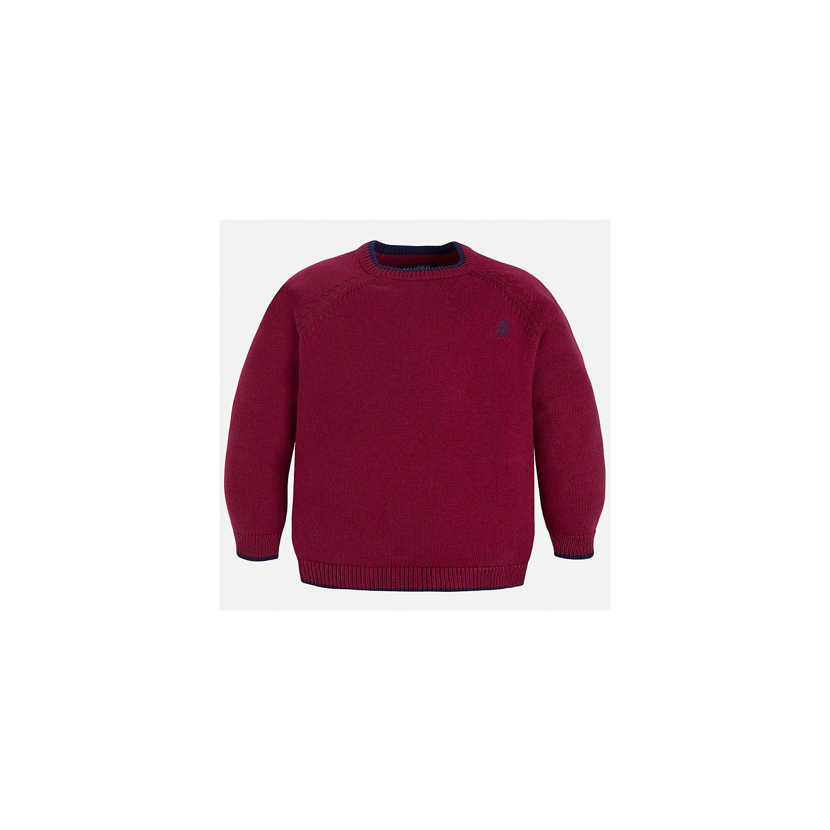 Свитер для мальчика MayoralСвитера и кардиганы<br>Характеристики товара:<br><br>• цвет: бордовый;<br>• состав ткани: 60% хлопок, 30% полиамид, 10% шерсть;<br>• длинный рукав - реглан;<br>• однотонный;<br>• сезон: демисезон;<br>• школьный;<br>• страна бренда: Испания;<br>• страна изготовитель: Бангладеш.<br><br>Однотонный свитер для мальчика от популярного бренда Mayoral из натурально и мягкого 100% хлопка тонкой вязки, декорирован маленьким принтом в виде логотипа с вышивкой. Имеет круглый вырез и уплотненные края на руковах и поясе. Очень практичный и долгий в носке, цвет нетускнеет, смотрится аккуратно и стильно как с джинсами, так и в сочетании со школьной формой.<br><br>Для производства детской одежды популярный бренд Mayoral используют только качественную фурнитуру и материалы. Оригинальные и модные вещи от Майорал неизменно привлекают внимание и нравятся детям.<br><br>Свитер для мальчика Mayoral (Майорал) можно купить в нашем интернет-магазине.<br><br>Ширина мм: 190<br>Глубина мм: 74<br>Высота мм: 229<br>Вес г: 236<br>Цвет: белый<br>Возраст от месяцев: 60<br>Возраст до месяцев: 72<br>Пол: Мужской<br>Возраст: Детский<br>Размер: 116,122,128,134,92,98,104,110<br>SKU: 6931805