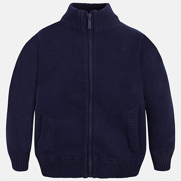 Кардиган Mayoral для мальчикаСвитера и кардиганы<br>Характеристики товара:<br><br>• цвет: синий;<br>• состав ткани: 100% хлопок;<br>• высокий воторник-стойка;<br>• на молнии;<br>• спортивный стиль;<br>• сезон: демисезон;<br>• страна бренда: Испания;<br>• страна изготовитель: Бангладеш.<br><br>Толстовка на молнии для мальчика от популярного бренда Mayoral из натурального и мягкого 100% хлопка тонкой вязки, декорирован принтом в виде логотипа с вышивкой на груди, на молнии. Имеет высокую воротник-стойку и уплотненные края на руковах и поясе  с контрастной  оконтовкой. <br><br>Толстовка на молнии с воротником-стойкой очень практичный и универсальный вариант для повседневной одежды, а также для занятий спортом на открытом воздухе.<br><br>Для производства детской одежды популярный бренд Mayoral используют только качественную фурнитуру и материалы. Оригинальные и модные вещи от Майорал неизменно привлекают внимание и нравятся детям.<br><br>Толстовку на молнии для мальчика Mayoral (Майорал) можно купить в нашем интернет-магазине.<br>Ширина мм: 190; Глубина мм: 74; Высота мм: 229; Вес г: 236; Цвет: темно-синий; Возраст от месяцев: 60; Возраст до месяцев: 72; Пол: Мужской; Возраст: Детский; Размер: 134,92,98,104,110,122,128,116; SKU: 6931877;