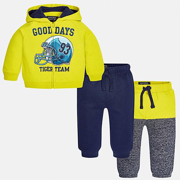 Спортивный костюм для мальчика MayoralКомплекты<br>Характеристики товара:<br><br>• цвет: желтый/синий/серый;<br>• состав ткани: 60% хлопок, 40% полиэстер;<br>• комплект: толстовка, брюки - 2 шт.;<br>• сезон: демисезон;<br>• страна бренда: Испания;<br>• страна изготовитель:Китай.<br><br>Спортивный костюм для мальчика от популярного бренда Mayoral. Теплый спортивный костюм дополнен дополнительными брюками с манжетами, пояс на резинке с кулиской. Толстовка на молнии с аппликацией и  капюшоном, с уплотненной резинкой на талии для хорошей фиксации и воздухопроницаемости.  Спортивный костюм - отличный выбор для прогулок и активного отдыха, а также для  спортивных занятий в школе.<br><br>В одежде от испанской компании Майорал ребенок будет выглядеть модно, а чувствовать себя - комфортно. <br><br>Спортивный костюм для  мальчика Mayoral (Майорал) можно купить в нашем интернет-магазине.<br><br>Ширина мм: 247<br>Глубина мм: 16<br>Высота мм: 140<br>Вес г: 225<br>Цвет: желтый/серый<br>Возраст от месяцев: 6<br>Возраст до месяцев: 9<br>Пол: Мужской<br>Возраст: Детский<br>Размер: 98,74,92,86,80<br>SKU: 6932284