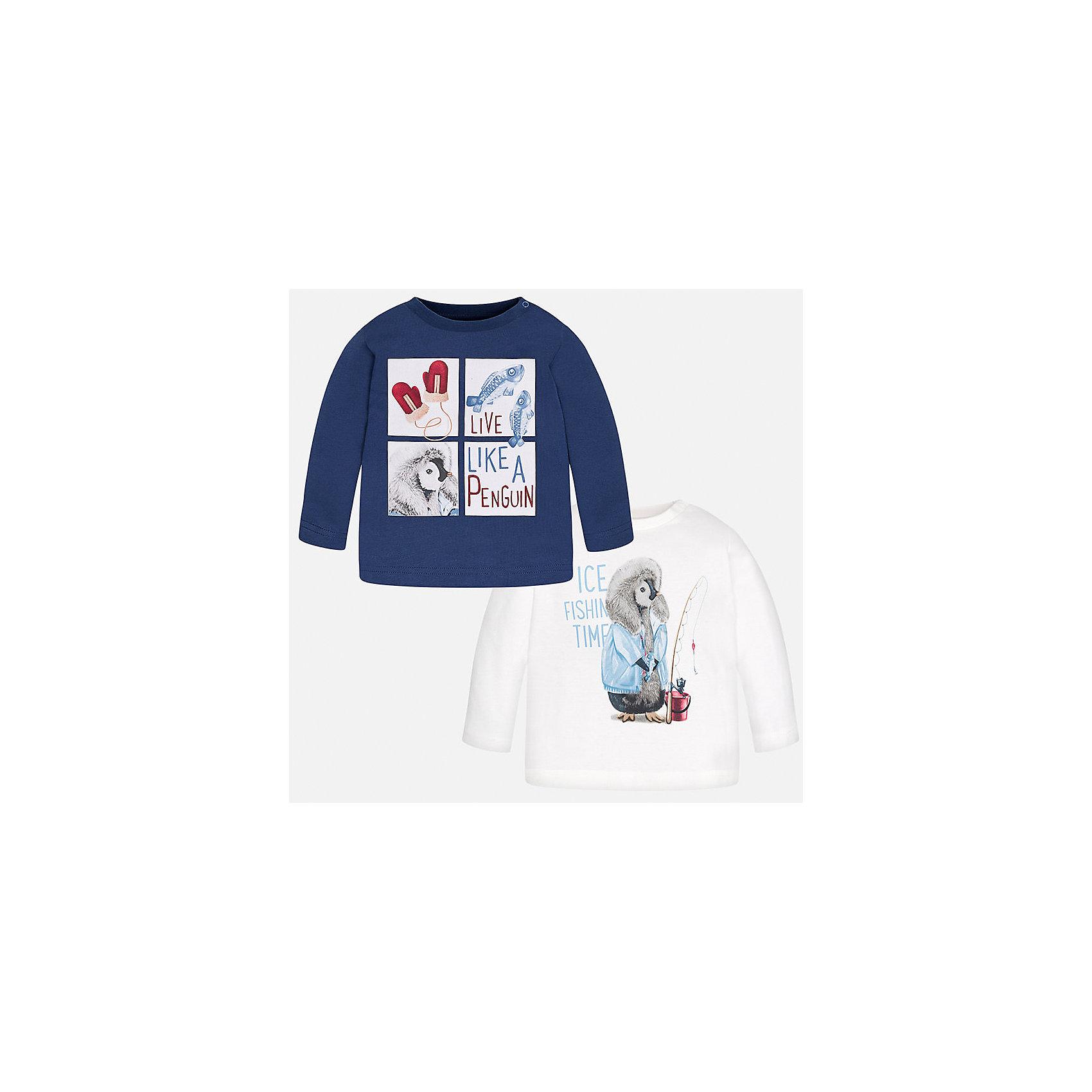 Футболка с длинным рукавом (2 шт.) Mayoral для мальчикаФутболки с длинным рукавом<br>Характеристики товара:<br><br>• цвет: синий/молочный;<br>• комплект: 2 шт.;<br>• состав ткани: 100% хлопок;<br>• длинный рукав;<br>• рисунок: принт;<br>• кнопка на воротнике;<br>• сезон: демисезон;<br>• страна бренда: Испания;<br>• страна изготовитель: Индия.<br><br>Комплект из двух футболок с длинным рукавом для мальчика от популярного бренда Mayoral  выполнен из натурального хлопка, ткань эластичная и приятная на ощупь. Однотонные модели декорированы принтом с изображением милых и забавных пингвинов, имеют круглый вырез и кнопки по плечевому шву для удобства переодевания малыша.  <br><br>Обе модели очень практичны и долги в носке, цвет не тускнеет, смотрятся аккуратно и стильно. Идеально подходит для повседневной одежды как дома, так и на прогулку.<br><br>Для производства детской одежды популярный бренд Mayoral используют только качественную фурнитуру и материалы. Оригинальные и модные вещи от Майорал неизменно привлекают внимание и нравятся детям.<br><br>Комплект из двух футболок с длинным рукавом для мальчика Mayoral (Майорал) можно купить в нашем интернет-магазине.<br><br>Ширина мм: 230<br>Глубина мм: 40<br>Высота мм: 220<br>Вес г: 250<br>Цвет: бежевый<br>Возраст от месяцев: 24<br>Возраст до месяцев: 36<br>Пол: Мужской<br>Возраст: Детский<br>Размер: 98,74,80,86,92<br>SKU: 6932362