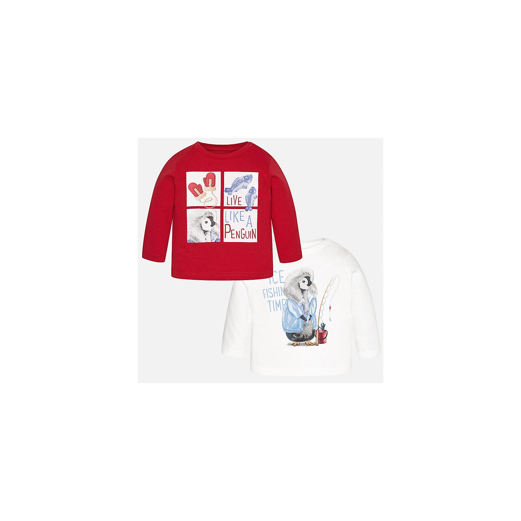 Футболка с длинным рукавом (2 шт.) для мальчика MayoralФутболки с длинным рукавом<br>Характеристики товара:<br><br>• цвет: красный/белый;<br>• комплект: 2 шт.;<br>• состав ткани: 100% хлопок;<br>• длинный рукав;<br>• рисунок: принт;<br>• кнопка на воротнике;<br>• сезон: демисезон;<br>• страна бренда: Испания;<br>• страна изготовитель: Индия.<br><br>Комплект из двух футболок с длинным рукавом для мальчика от популярного бренда Mayoral  выполнен из натурального хлопка, ткань эластичная и приятная на ощупь. Однотонные модели декорированы принтом с изображением милых и забавных пингвинов, имеют круглый вырез и кнопки по плечевому шву для удобства переодевания малыша.  <br><br>Обе модели очень практичны и долги в носке, цвет не тускнеет, смотрятся аккуратно и стильно. Идеально подходит для повседневной одежды как дома, так и на прогулку.<br><br>Для производства детской одежды популярный бренд Mayoral используют только качественную фурнитуру и материалы. Оригинальные и модные вещи от Майорал неизменно привлекают внимание и нравятся детям.<br><br>Комплект из двух футболок с длинным рукавом для мальчика Mayoral (Майорал) можно купить в нашем интернет-магазине.<br><br>Ширина мм: 230<br>Глубина мм: 40<br>Высота мм: 220<br>Вес г: 250<br>Цвет: красный/белый<br>Возраст от месяцев: 24<br>Возраст до месяцев: 36<br>Пол: Мужской<br>Возраст: Детский<br>Размер: 98,74,80,86,92<br>SKU: 6932374