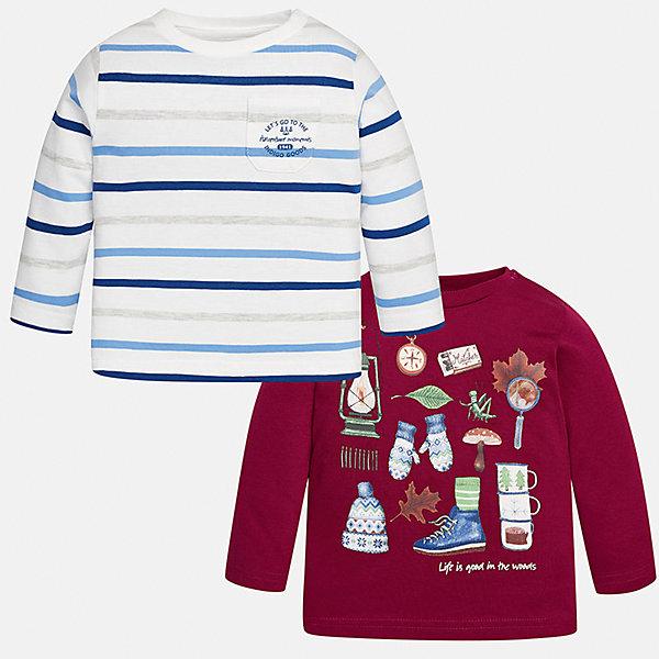 Футболка с длинным рукавом (2 шт.) для мальчика MayoralФутболки с длинным рукавом<br>Характеристики товара:<br><br>• цвет: красный/белый;<br>• комплект: 2 шт.;<br>• состав ткани: 100% хлопок;<br>• длинный рукав;<br>• рисунок: принт;<br>• кнопка на воротнике;<br>• сезон: демисезон;<br>• страна бренда: Испания;<br>• страна изготовитель: Индия.<br><br>Комплект из двух футболок с длинным рукавом для мальчика от популярного бренда Mayoral  выполнен из натурального хлопка, ткань эластичная и приятная на ощупь. Красная модель декорирована оригинальным принтом, модель в контрастную полоску дополнена нагрудным кармашком. Обе модели имеют круглый вырез и кнопки по плечевому шву для удобства переодевания малыша.  <br><br>Комплект очень практичен и долгий в носке, цвет не тускнеет, смотрятся аккуратно и стильно. Идеально подходит для повседневной одежды как дома, так и на прогулку.<br><br>Для производства детской одежды популярный бренд Mayoral используют только качественную фурнитуру и материалы. Оригинальные и модные вещи от Майорал неизменно привлекают внимание и нравятся детям.<br><br>Ширина мм: 230<br>Глубина мм: 40<br>Высота мм: 220<br>Вес г: 250<br>Цвет: красный/белый<br>Возраст от месяцев: 6<br>Возраст до месяцев: 9<br>Пол: Мужской<br>Возраст: Детский<br>Размер: 74,98,92,86,80<br>SKU: 6932428