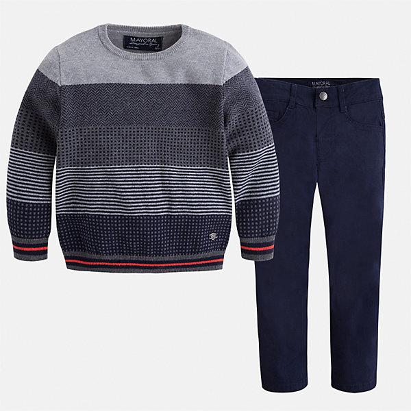 Комплект: свитер и брюки для мальчика MayoralКомплекты<br>Характеристики товара:<br><br>• цвет: синий<br>• состав ткани: свитер - 60% хлопок, 30% полиамид, 10% шерсть, брюки - 97% хлопок, 3% эластан<br>• комплектация: свитер и брюки<br>• сезон: демисезон<br>• особенности модели: школьная<br>• шлевки<br>• регулируемая талия<br>• застежка брюк: пуговица<br>• страна бренда: Испания<br>• страна изготовитель: Индия<br><br>Этот детский комплект из свитера и брюк подойдет для ношения в разных случаях. Отличный способ обеспечить ребенку тепло и комфорт - надеть детские брюки и свитер от Mayoral. Детские брюки сшиты из приятного на ощупь материала. Свитер для мальчика Mayoral удобно сидит по фигуре. <br><br>Комплект: свитер и брюки для мальчика Mayoral (Майорал) можно купить в нашем интернет-магазине.<br>Ширина мм: 215; Глубина мм: 88; Высота мм: 191; Вес г: 336; Цвет: синий; Возраст от месяцев: 18; Возраст до месяцев: 24; Пол: Мужской; Возраст: Детский; Размер: 92,134,128,122,116,110,104,98; SKU: 6933016;