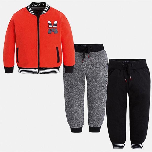 Спортивный костюм для мальчика MayoralКомплекты<br>Характеристики товара:<br><br>• цвет: красный/черный/серый<br>• состав ткани: 60% хлопок, 40% полиэстер<br>• комплектация: куртка, 2 брюк<br>• сезон: демисезон<br>• особенности модели: спортивный стиль<br>• застежка: молния<br>• длинные рукава<br>• пояс брюк: резинка, шнурок<br>• страна бренда: Испания<br>• страна изготовитель: Индия<br><br>Детский спортивный комплект состоит из курточки и двух брюк. Спортивный костюм сделан из плотного приятного на ощупь материала. Благодаря продуманному крою детского спортивного костюма создаются комфортные условия для тела. Спортивный комплект для мальчика отличается стильный продуманным дизайном.<br><br>Спортивный костюм для мальчика Mayoral (Майорал) можно купить в нашем интернет-магазине.<br>Ширина мм: 247; Глубина мм: 16; Высота мм: 140; Вес г: 225; Цвет: красный; Возраст от месяцев: 18; Возраст до месяцев: 24; Пол: Мужской; Возраст: Детский; Размер: 92,134,128,122,116,110,104,98; SKU: 6933052;