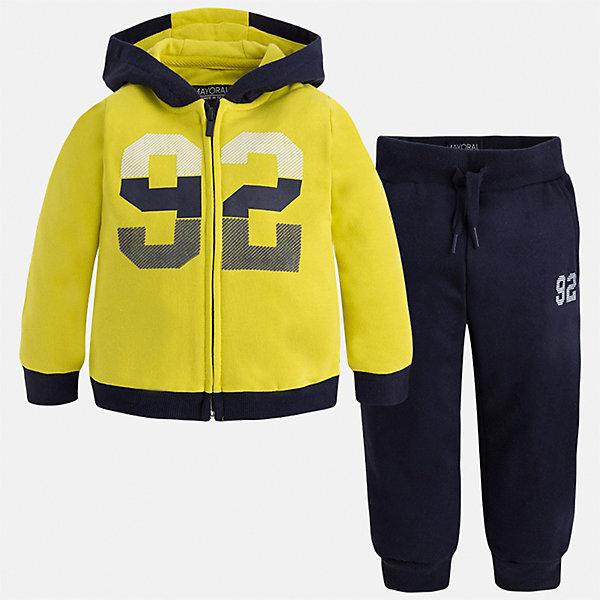 Спортивный костюм для мальчика MayoralКомплекты<br>Характеристики товара:<br><br>• цвет: темно-синий/желтый<br>• состав ткани: 60% хлопок, 40% полиэстер<br>• комплектация: куртка, брюки<br>• сезон: демисезон<br>• особенности модели: спортивный стиль<br>• застежка: молния<br>• длинные рукава<br>• пояс брюк: резинка, шнурок<br>• страна бренда: Испания<br>• страна изготовитель: Индия<br><br>Детский спортивный комплект состоит из курточки и брюк. Спортивный костюм сделан из плотного приятного на ощупь материала. Благодаря продуманному крою детского спортивного костюма создаются комфортные условия для тела. Спортивный комплект для мальчика отличается стильный продуманным дизайном.<br><br>Спортивный костюм для мальчика Mayoral (Майорал) можно купить в нашем интернет-магазине.<br>Ширина мм: 247; Глубина мм: 16; Высота мм: 140; Вес г: 225; Цвет: темно-синий; Возраст от месяцев: 18; Возраст до месяцев: 24; Пол: Мужской; Возраст: Детский; Размер: 92,134,128,122,116,110,104,98; SKU: 6933079;