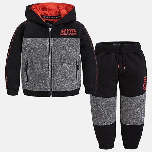 Спортивный костюм для мальчика MayoralКомплекты<br>Характеристики товара:<br><br>• цвет: красный/черный/серый<br>• состав ткани: 60% хлопок, 40% полиэстер<br>• комплектация: куртка, брюки<br>• сезон: демисезон<br>• особенности модели: спортивный стиль<br>• застежка: молния<br>• длинные рукава<br>• пояс брюк: резинка, шнурок<br>• страна бренда: Испания<br>• страна изготовитель: Индия<br><br>Стильный детский комплект из спортивной курточки и брюк подойдет для занятий спортом. Отличный способ обеспечить ребенку тепло и комфорт - надеть детский спортивный костюм от Mayoral. Детский спортивный костюм сшит из приятного на ощупь материала. Спортивный костюм для мальчика Mayoral удобно сидит по фигуре.<br><br>Спортивный костюм для мальчика Mayoral (Майорал) можно купить в нашем интернет-магазине.<br><br>Ширина мм: 247<br>Глубина мм: 16<br>Высота мм: 140<br>Вес г: 225<br>Цвет: черный<br>Возраст от месяцев: 18<br>Возраст до месяцев: 24<br>Пол: Мужской<br>Возраст: Детский<br>Размер: 92,134,128,122,116,110,104,98<br>SKU: 6933133