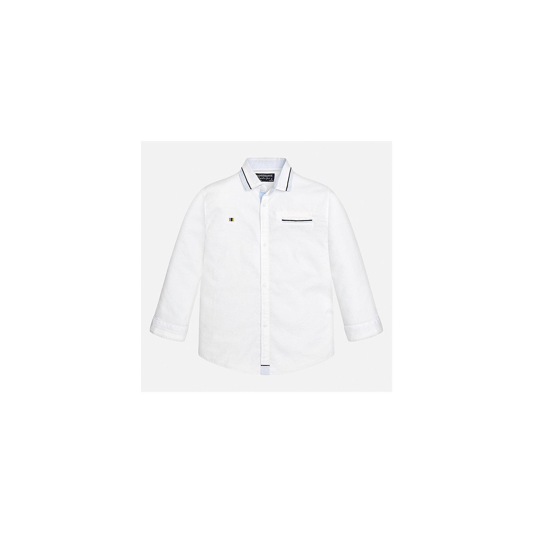 Рубашка Mayoral для мальчикаБлузки и рубашки<br>Характеристики товара:<br><br>• цвет: белый<br>• состав ткани: 100% хлопок<br>• сезон: демисезон<br>• особенности модели: школьная<br>• застежка: пуговицы<br>• длинные рукава<br>• страна бренда: Испания<br>• страна изготовитель: Индия<br><br>Белая рубашка с длинным рукавом для мальчика от Майорал поможет обеспечить ребенку комфорт. Детская рубашка отличается стильным и продуманным дизайном. В рубашке для мальчика от испанской компании Майорал ребенок будет выглядеть модно, а чувствовать себя - комфортно. <br><br>Рубашку для мальчика Mayoral (Майорал) можно купить в нашем интернет-магазине.<br><br>Ширина мм: 174<br>Глубина мм: 10<br>Высота мм: 169<br>Вес г: 157<br>Цвет: белый<br>Возраст от месяцев: 168<br>Возраст до месяцев: 180<br>Пол: Мужской<br>Возраст: Детский<br>Размер: 170,128/134,140,152,158,164<br>SKU: 6933584
