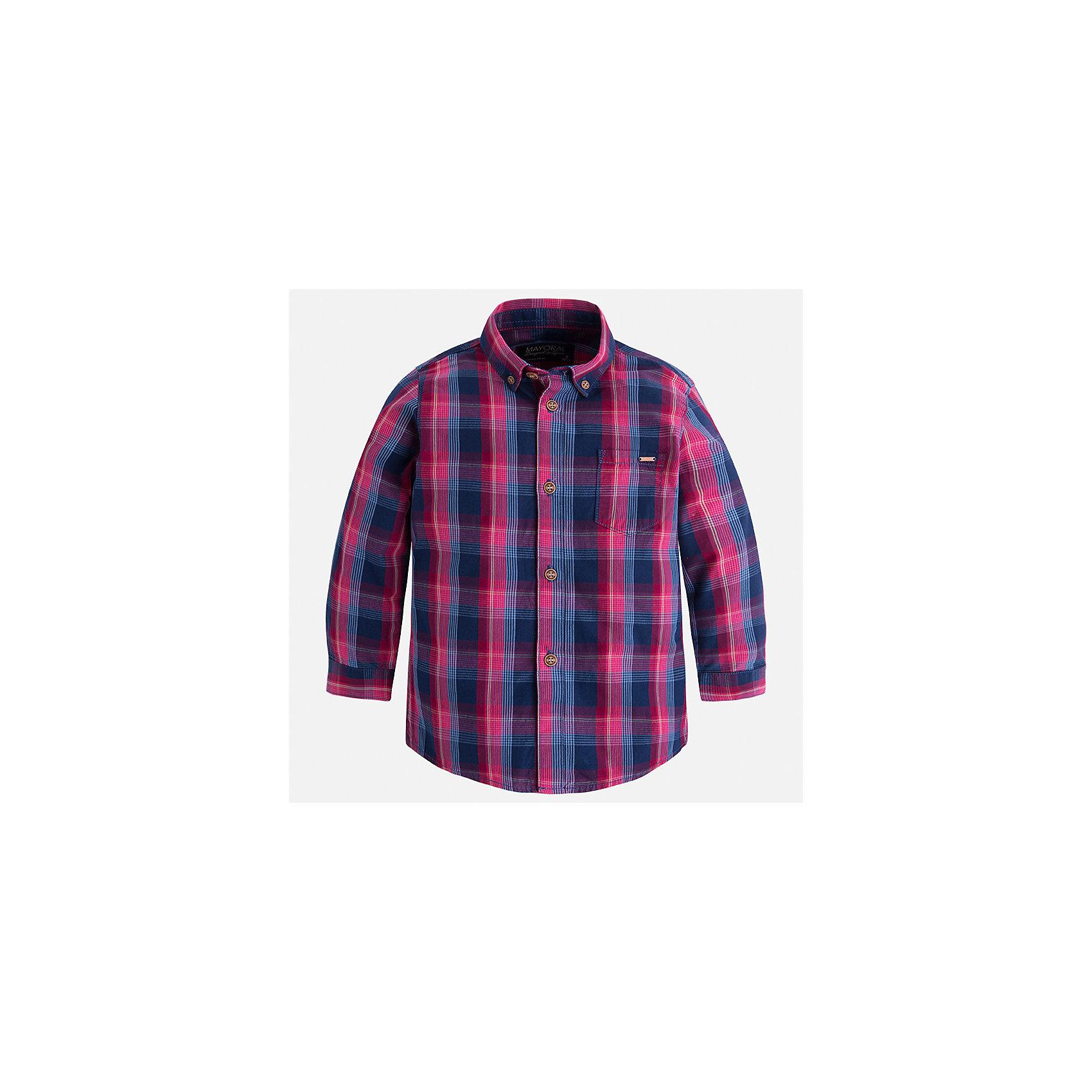 Рубашка Mayoral для мальчикаБлузки и рубашки<br>Характеристики товара:<br><br>• цвет: синий<br>• состав ткани: 100% хлопок<br>• сезон: демисезон<br>• особенности модели: школьная<br>• застежка: пуговицы<br>• длинные рукава<br>• страна бренда: Испания<br>• страна изготовитель: Индия<br><br>Такая рубашка с длинным рукавом для мальчика Mayoral удобно сидит по фигуре. Стильная детская рубашка сделана из натуральной хлопковой ткани. Отличный способ обеспечить ребенку комфорт и аккуратный внешний вид - надеть детскую рубашку от Mayoral. Детская рубашка с длинным рукавом сшита из приятного на ощупь материала. <br><br>Рубашку для мальчика Mayoral (Майорал) можно купить в нашем интернет-магазине.<br><br>Ширина мм: 174<br>Глубина мм: 10<br>Высота мм: 169<br>Вес г: 157<br>Цвет: белый<br>Возраст от месяцев: 84<br>Возраст до месяцев: 96<br>Пол: Мужской<br>Возраст: Детский<br>Размер: 128,134,92,98,104,110,116,122<br>SKU: 6934138