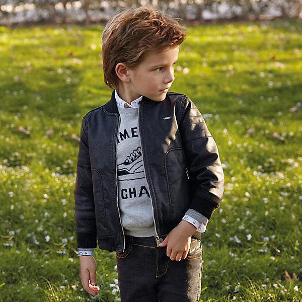 Куртка для мальчика MayoralВерхняя одежда<br>Характеристики товара:<br><br>• цвет: черный<br>• состав ткани: 100% полиуретан<br>• подкладка: 100% полиэстер<br>• утеплитель: 100% полиэстер<br>• сезон: демисезон<br>• температурный режим: от +5 до +15<br>• особенности куртки: на молнии<br>• застежка: молния<br>• страна бренда: Испания<br>• страна изготовитель: Индия<br><br>Демисезонная детская куртка подойдет для прохладной погоды. Отличный способ обеспечить ребенку тепло и комфорт - надеть теплую куртку от Mayoral. Детская куртка сшита из приятного на ощупь материала. Куртка для мальчика Mayoral дополнена теплой подкладкой. <br><br>Куртку для мальчика Mayoral (Майорал) можно купить в нашем интернет-магазине.<br><br>Ширина мм: 356<br>Глубина мм: 10<br>Высота мм: 245<br>Вес г: 519<br>Цвет: черный<br>Возраст от месяцев: 18<br>Возраст до месяцев: 24<br>Пол: Мужской<br>Возраст: Детский<br>Размер: 92,98,134,128,122,116,110,104<br>SKU: 6934423