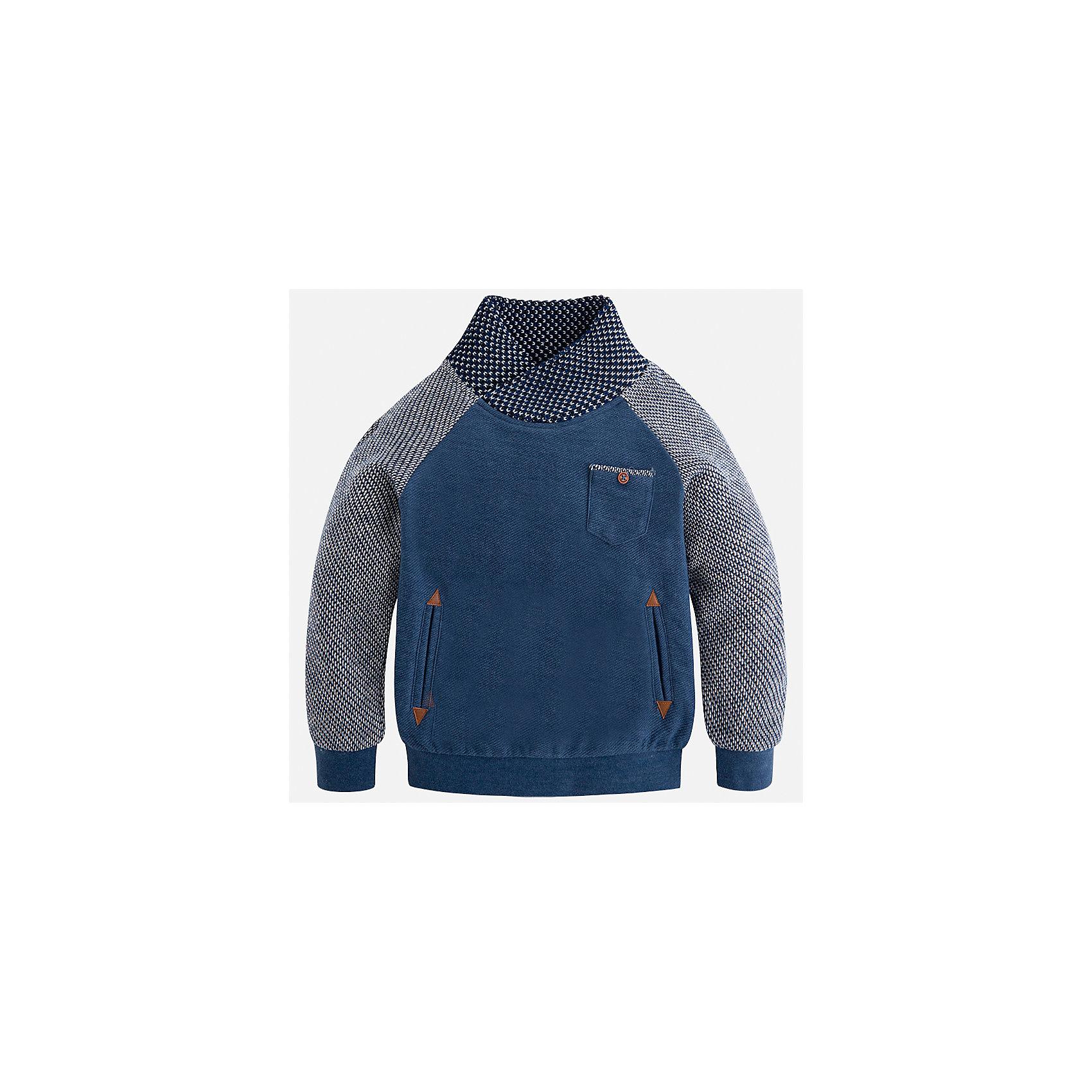 Толстовка Mayoral для мальчикаТолстовки<br>Характеристики товара:<br><br>• цвет: голубой<br>• состав ткани: 62% хлопок, 38% полиэстер<br>• сезон: демисезон<br>• особенности модели: высокий ворот<br>• карманы<br>• длинные рукава<br>• страна бренда: Испания<br>• страна изготовитель: Индия<br><br>Удобная толстовка для мальчика от Майорал поможет обеспечить ребенку комфорт и тепло. Детская толстовка с воротом отличается модным и продуманным дизайном. В толстовке для мальчика от испанской компании Майорал ребенок будет выглядеть модно, а чувствовать себя - комфортно. <br><br>Толстовку для мальчика Mayoral (Майорал) можно купить в нашем интернет-магазине.<br><br>Ширина мм: 230<br>Глубина мм: 40<br>Высота мм: 220<br>Вес г: 250<br>Цвет: голубой<br>Возраст от месяцев: 96<br>Возраст до месяцев: 108<br>Пол: Мужской<br>Возраст: Детский<br>Размер: 134,92,98,104,110,116,122,128<br>SKU: 6934520