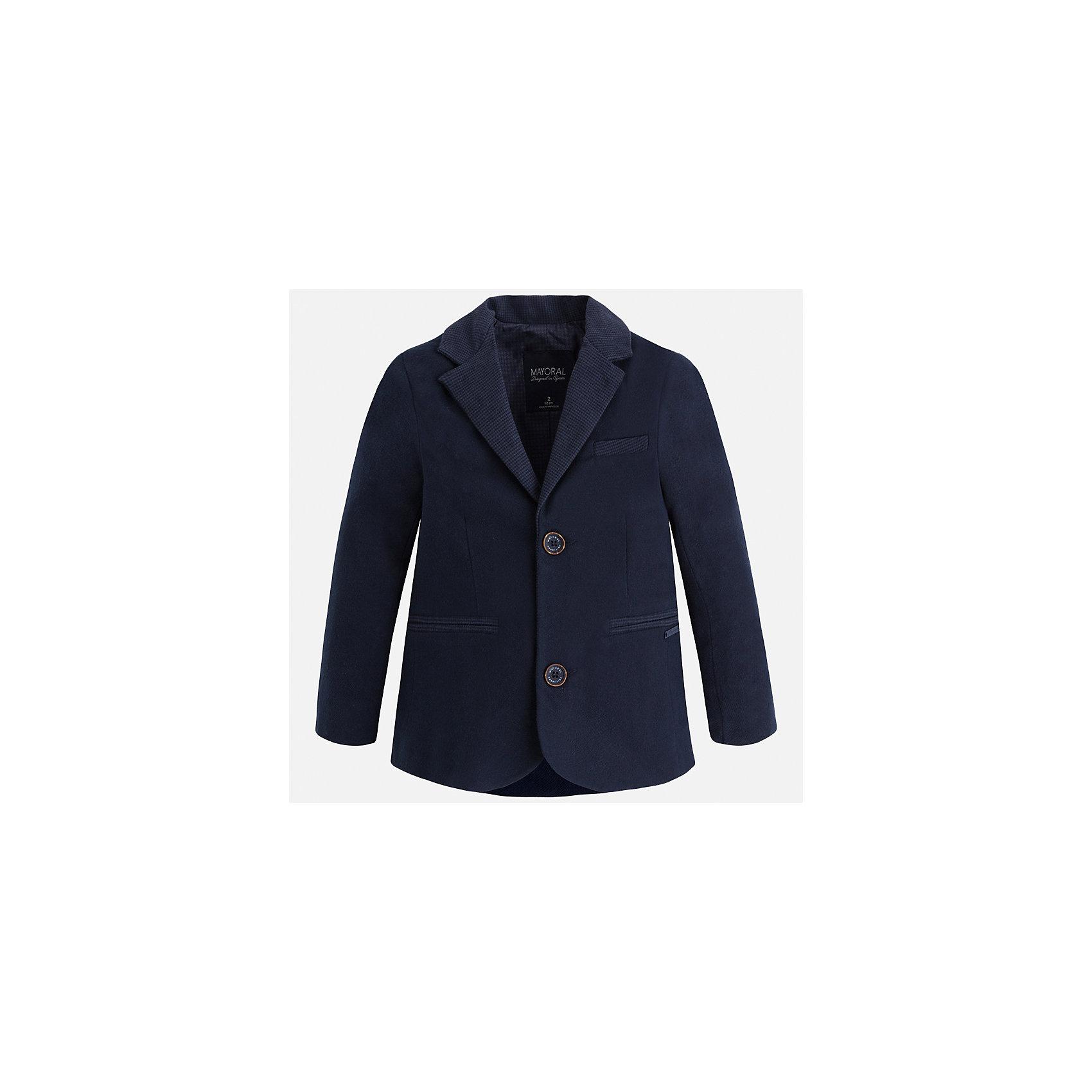 Пиджак для мальчика MayoralКостюмы и пиджаки<br>Характеристики товара:<br><br>• цвет: синий<br>• состав ткани: 98% хлопок, 2% эластан<br>• подкладка: 100% полиэстер<br>• сезон: демисезон<br>• особенности модели: школьная<br>• длинные рукава<br>• застежка: пуговицы<br>• страна бренда: Испания<br>• страна изготовитель: Индия<br><br>Классический детский пиджак для мальчика отлично подойдет для похода в школу или для торжественных случаев. Хороший способ обеспечить ребенку аккуратный внешний вид и комфорт - надеть детский пиджак от Mayoral. Детский пиджак сшит из приятного на ощупь материала. Пиджак для мальчика Mayoral дополнен подкладкой.<br><br>Пиджак для мальчика Mayoral (Майорал) можно купить в нашем интернет-магазине.<br><br>Ширина мм: 190<br>Глубина мм: 74<br>Высота мм: 229<br>Вес г: 236<br>Цвет: синий<br>Возраст от месяцев: 96<br>Возраст до месяцев: 108<br>Пол: Мужской<br>Возраст: Детский<br>Размер: 134,92,98,104,110,116,122,128<br>SKU: 6934661