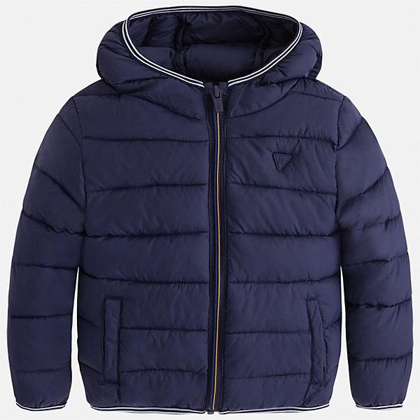 Куртка для мальчика MayoralВерхняя одежда<br>Характеристики товара:<br><br>• цвет: синий<br>• состав ткани: 100% полиамид<br>• подкладка: 100% полиамид<br>• утеплитель: 100% полиэстер<br>• сезон: демисезон<br>• температурный режим: от -10 до +10<br>• особенности модели: с капюшоном, сумка в комплекте<br>• капюшон: несъемный<br>• застежка: молния<br>• страна бренда: Испания<br>• страна изготовитель: Индия<br><br>Демисезонная детская куртка подойдет для переменной погоды. Отличный способ обеспечить ребенку тепло и комфорт - надеть теплую куртку от Mayoral. Детская куртка сшита из приятного на ощупь материала. Куртка для мальчика Mayoral дополнена теплой подкладкой.<br><br>Куртку для мальчика Mayoral (Майорал) можно купить в нашем интернет-магазине.<br><br>Ширина мм: 356<br>Глубина мм: 10<br>Высота мм: 245<br>Вес г: 519<br>Цвет: синий<br>Возраст от месяцев: 72<br>Возраст до месяцев: 84<br>Пол: Мужской<br>Возраст: Детский<br>Размер: 104,134,122,128,116,110<br>SKU: 6934841