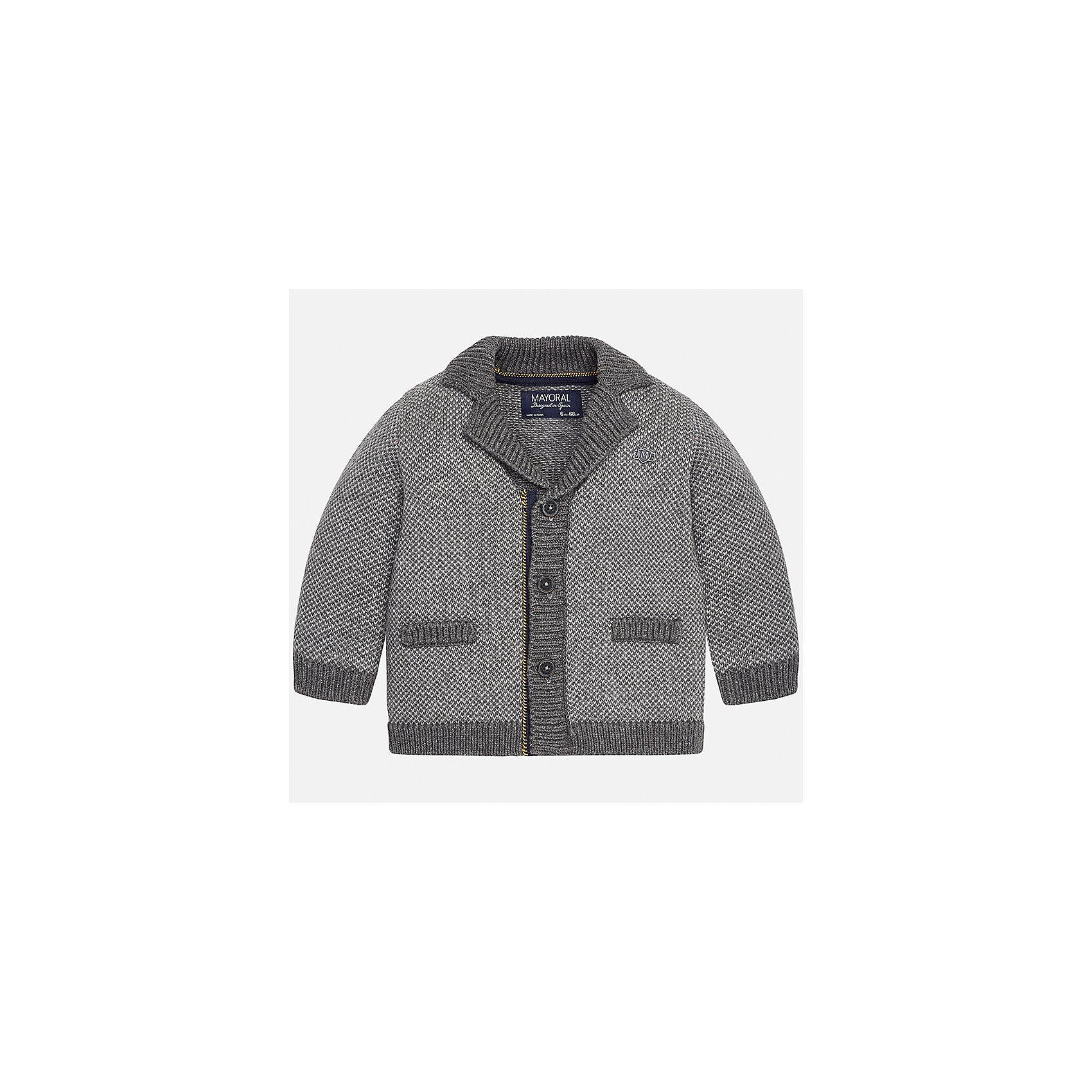 Пиджак для мальчика MayoralКостюмы и пиджаки<br>Характеристики товара:<br><br>• цвет: серый<br>• состав ткани: 60% хлопок, 40% акрил<br>• сезон: демисезон<br>• особенности модели: вязаный<br>• застежка: пуговицы<br>• длинные рукава<br>• страна бренда: Испания<br>• страна изготовитель: Индия<br><br>Теплый детский кардиган сделан из дышащего приятного на ощупь материала. Благодаря продуманному крою детского кардигана создаются комфортные условия для тела. Кардиган для мальчика отличается стильным продуманным дизайном.<br><br>Кардиган для мальчика Mayoral (Майорал) можно купить в нашем интернет-магазине.<br><br>Ширина мм: 190<br>Глубина мм: 74<br>Высота мм: 229<br>Вес г: 236<br>Цвет: серый<br>Возраст от месяцев: 24<br>Возраст до месяцев: 36<br>Пол: Мужской<br>Возраст: Детский<br>Размер: 98,74,80,86,92<br>SKU: 6935229