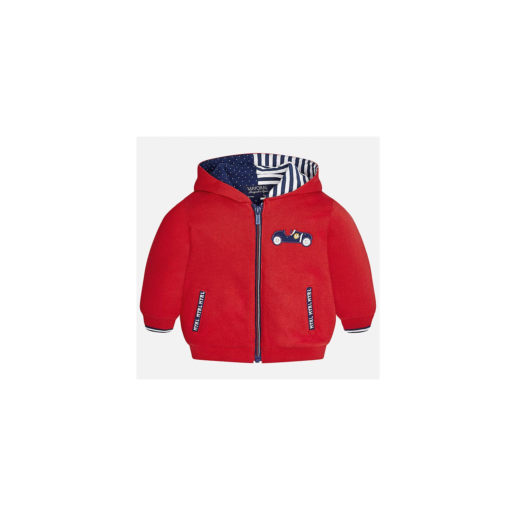 Куртка Mayoral для мальчикаВерхняя одежда<br>Характеристики товара:<br><br>• цвет: красный<br>• состав ткани: 65% хлопок, 35% полиэстер<br>• сезон: демисезон<br>• температурный режим: от +5 до +20<br>• особенности куртки: с капюшоном<br>• капюшон: несъемный<br>• застежка: молния<br>• страна бренда: Испания<br>• страна изготовитель: Индия<br><br>Демисезонная детская куртка сделана из легкого, но теплого материала. Благодаря качественной ткани детской куртки для мальчика создаются комфортные условия для тела. Эта куртка для мальчика отличается стильным продуманным дизайном.<br><br>Куртку для мальчика Mayoral (Майорал) можно купить в нашем интернет-магазине.<br><br>Ширина мм: 356<br>Глубина мм: 10<br>Высота мм: 245<br>Вес г: 519<br>Цвет: бежевый<br>Возраст от месяцев: 6<br>Возраст до месяцев: 9<br>Пол: Мужской<br>Возраст: Детский<br>Размер: 74,98,80,86,92<br>SKU: 6935278