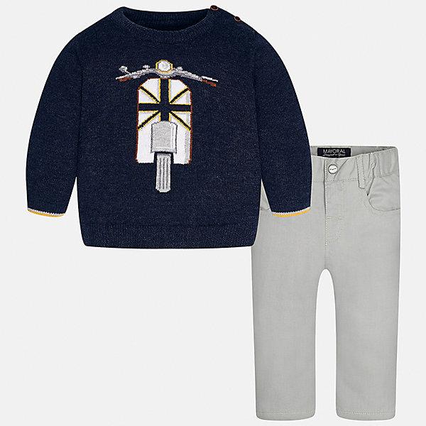 Комплект: свитер и брюки для мальчика MayoralКомплекты<br>Характеристики товара:<br><br>• цвет: синий/серый<br>• состав ткани: свитер - 60% хлопок, 30% полиамид, 10% шерсть, брюки - 100% хлопок,<br>• комплектация: свитер и брюки<br>• сезон: демисезон<br>• особенности модели: вязаный рисунок<br>• шлевки<br>• регулируемая талия<br>• застежка брюк: пуговица<br>• страна бренда: Испания<br>• страна изготовитель: Индия<br><br>Детский комплект из свитера и брюк сделан из плотного приятного на ощупь материала. Благодаря продуманному крою детского свитера создаются комфортные условия для тела. Брюки для мальчика отличаются классическим дизайном.<br><br>Комплект: свитер и брюки для мальчика Mayoral (Майорал) можно купить в нашем интернет-магазине.<br><br>Ширина мм: 215<br>Глубина мм: 88<br>Высота мм: 191<br>Вес г: 336<br>Цвет: сине-серый<br>Возраст от месяцев: 6<br>Возраст до месяцев: 9<br>Пол: Мужской<br>Возраст: Детский<br>Размер: 74,98,92,86,80<br>SKU: 6935391