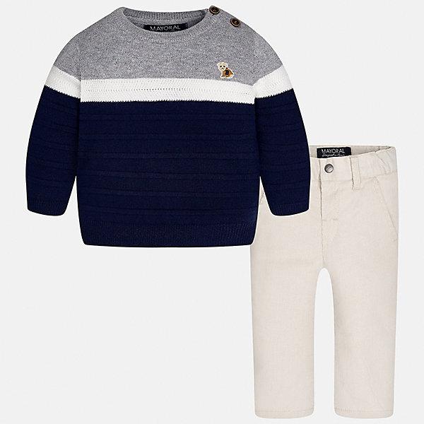 Комплект: свитер и брюки для мальчика MayoralКомплекты<br>Характеристики товара:<br><br>• цвет: синий/серый<br>• состав ткани: свитер - 60% хлопок, 30% полиамид, 10% шерсть, брюки - 100% хлопок,<br>• комплектация: свитер и брюки<br>• сезон: демисезон<br>• особенности модели: пуговицы на плече<br>• регулируемая талия<br>• застежка брюк: пуговица<br>• страна бренда: Испания<br>• страна изготовитель: Индия<br><br>Брюки и свитер для мальчика отлично сочетаются между собой, а также с другими вещами. Такой практичный и модный детский комплект из свитера и брюк подойдет для ношения в разных случаях. Детские брюки сшиты из приятного на ощупь материала. Свитер для мальчика Mayoral удобно сидит по фигуре. <br><br>Комплект: свитер и брюки для мальчика Mayoral (Майорал) можно купить в нашем интернет-магазине.<br><br>Ширина мм: 215<br>Глубина мм: 88<br>Высота мм: 191<br>Вес г: 336<br>Цвет: сине-серый<br>Возраст от месяцев: 6<br>Возраст до месяцев: 9<br>Пол: Мужской<br>Возраст: Детский<br>Размер: 74,98,92,86,80<br>SKU: 6935397