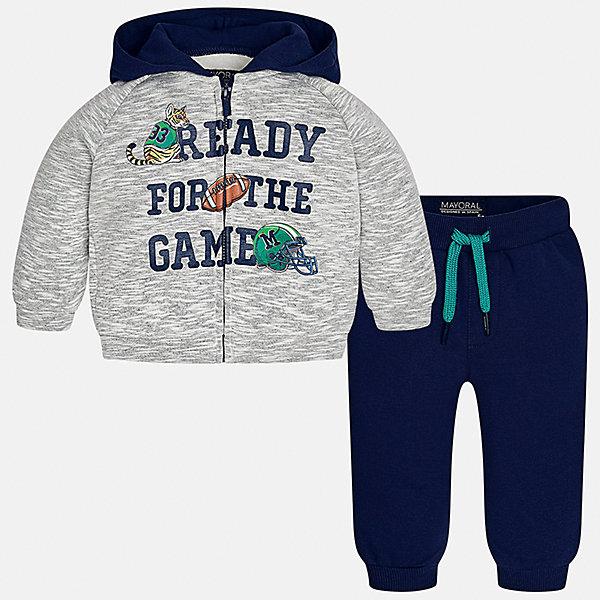 Спортивный костюм Mayoral для мальчикаКомплекты<br>Характеристики товара:<br><br>• цвет: синий/серый<br>• состав ткани: 60% хлопок, 40% полиэстер<br>• комплектация: куртка, брюки<br>• сезон: демисезон<br>• особенности модели: спортивный стиль<br>• застежка: молния<br>• длинные рукава<br>• пояс брюк: резинка, шнурок<br>• страна бренда: Испания<br>• страна изготовитель: Индия<br><br>Детский костюм для спорта отличается стильным и продуманным дизайном. В спортивном костюме для мальчика от испанской компании Mayoral ребенок будет выглядеть модно, а чувствовать себя - комфортно. Этот спортивный костюм для мальчика от Майорал поможет обеспечить ребенку комфорт. <br><br>Спортивный костюм для мальчика Mayoral (Майорал) можно купить в нашем интернет-магазине.<br>Ширина мм: 247; Глубина мм: 16; Высота мм: 140; Вес г: 225; Цвет: сине-серый; Возраст от месяцев: 6; Возраст до месяцев: 9; Пол: Мужской; Возраст: Детский; Размер: 74,98,92,86,80; SKU: 6935504;