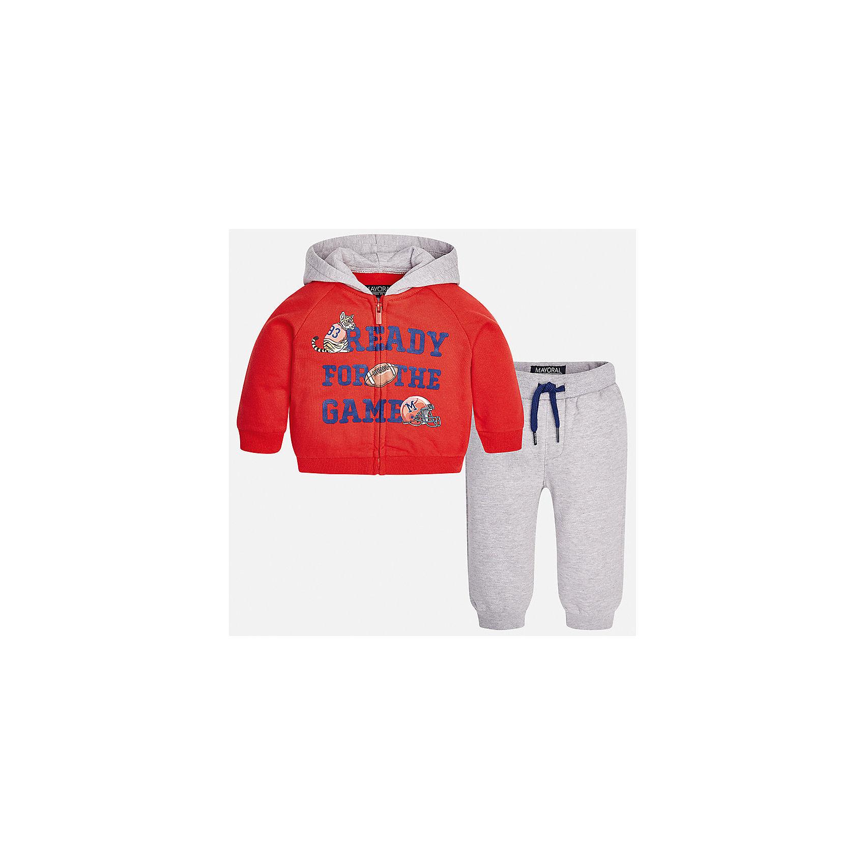 Спортивный костюм для мальчика MayoralКомплекты<br>Характеристики товара:<br><br>• цвет: красный<br>• состав ткани: 60% хлопок, 40% полиэстер<br>• комплектация: куртка, брюки<br>• сезон: демисезон<br>• особенности модели: спортивный стиль<br>• застежка: молния<br>• длинные рукава<br>• пояс брюк: резинка, шнурок<br>• страна бренда: Испания<br>• страна изготовитель: Индия<br><br>Яркий детский комплект из спортивной курточки и брюк подойдет для занятий спортом. Отличный способ обеспечить ребенку тепло и комфорт - надеть детский спортивный костюм от Mayoral. Детский спортивный костюм сшит из приятного на ощупь материала. Спортивный костюм для мальчика Mayoral удобно сидит по фигуре.<br><br>Спортивный костюм для мальчика Mayoral (Майорал) можно купить в нашем интернет-магазине.<br><br>Ширина мм: 247<br>Глубина мм: 16<br>Высота мм: 140<br>Вес г: 225<br>Цвет: красный<br>Возраст от месяцев: 24<br>Возраст до месяцев: 36<br>Пол: Мужской<br>Возраст: Детский<br>Размер: 98,80,74,86,92<br>SKU: 6935510